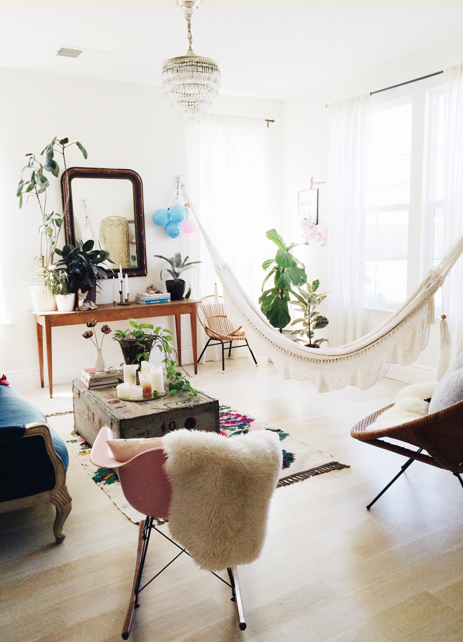 Bring The Outdoors In Living Room Hammocks Hanging Chairs Apartment Therapy