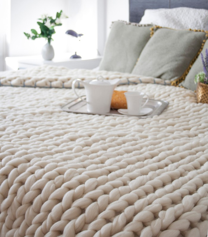 17b292cd92 The Best Wool Blankets | Apartment Therapy