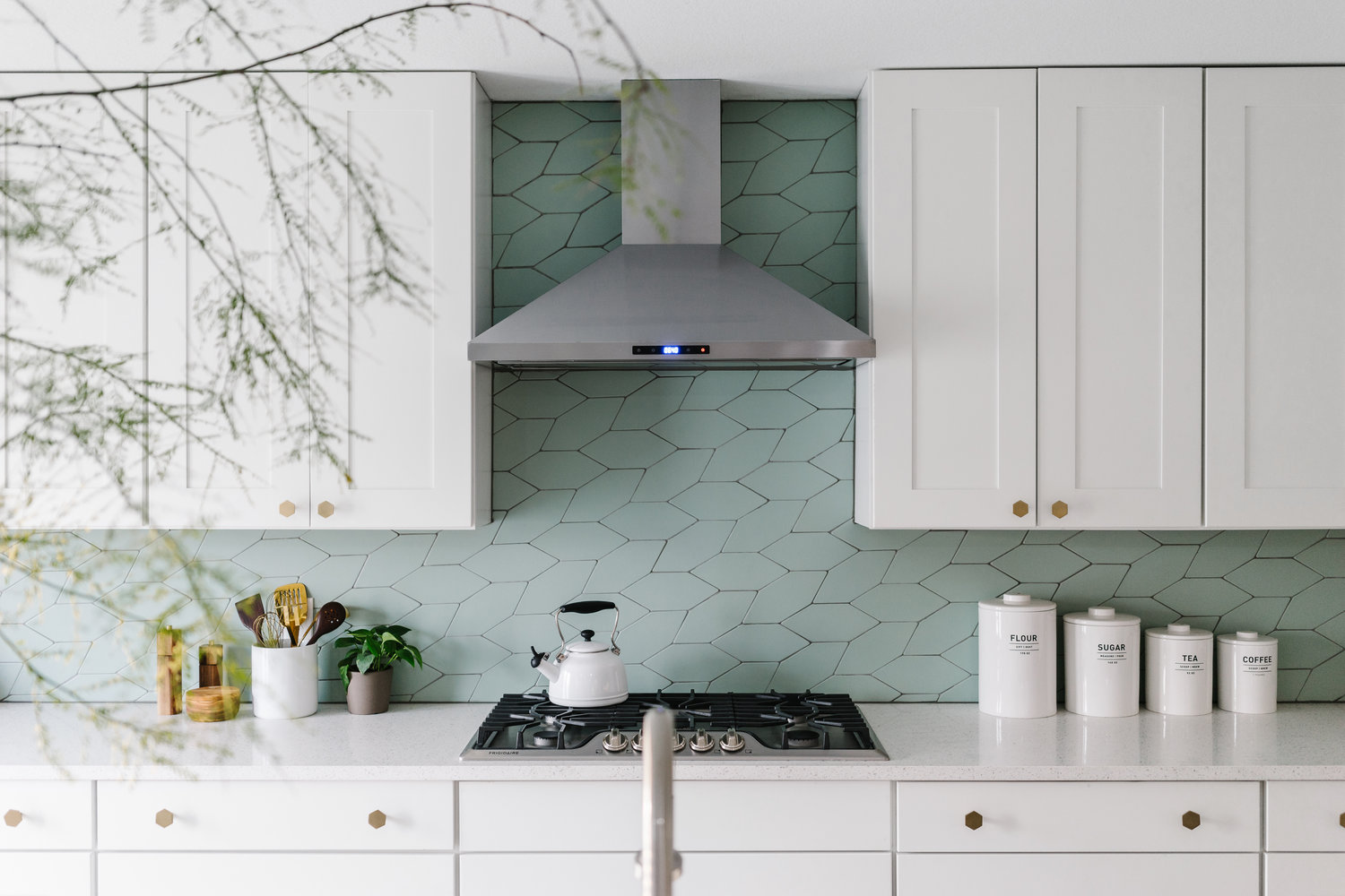 Ceramic Tile Shapes You Ve Never Seen Before Apartment Therapy