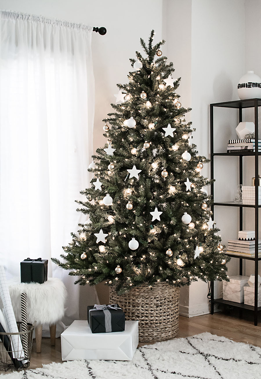 Minimalist Christmas.Christmas Tree Stand Alternatives Apartment Therapy