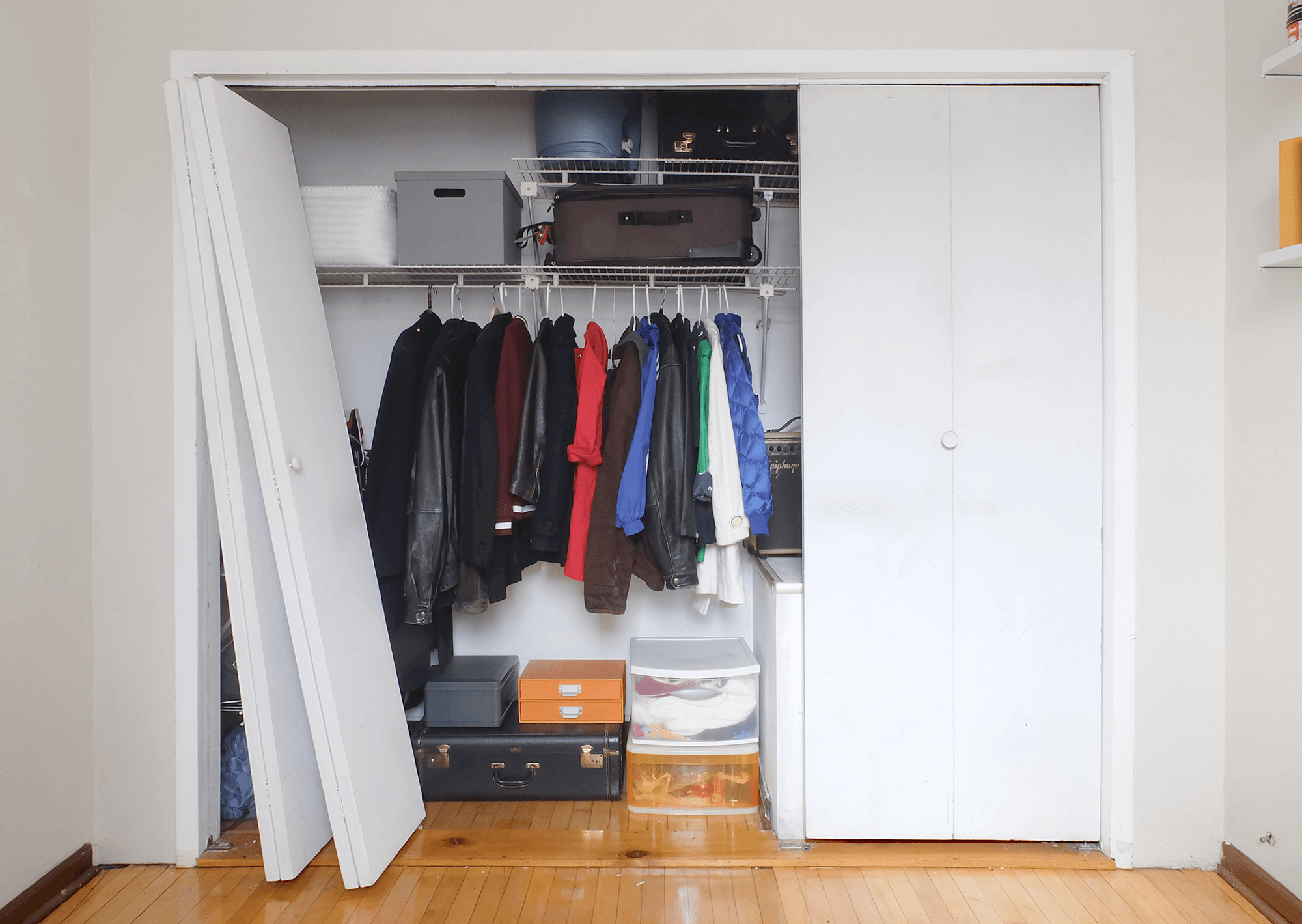 . How to Replace Bi Fold Closet Doors With Sliding Ones   Apartment