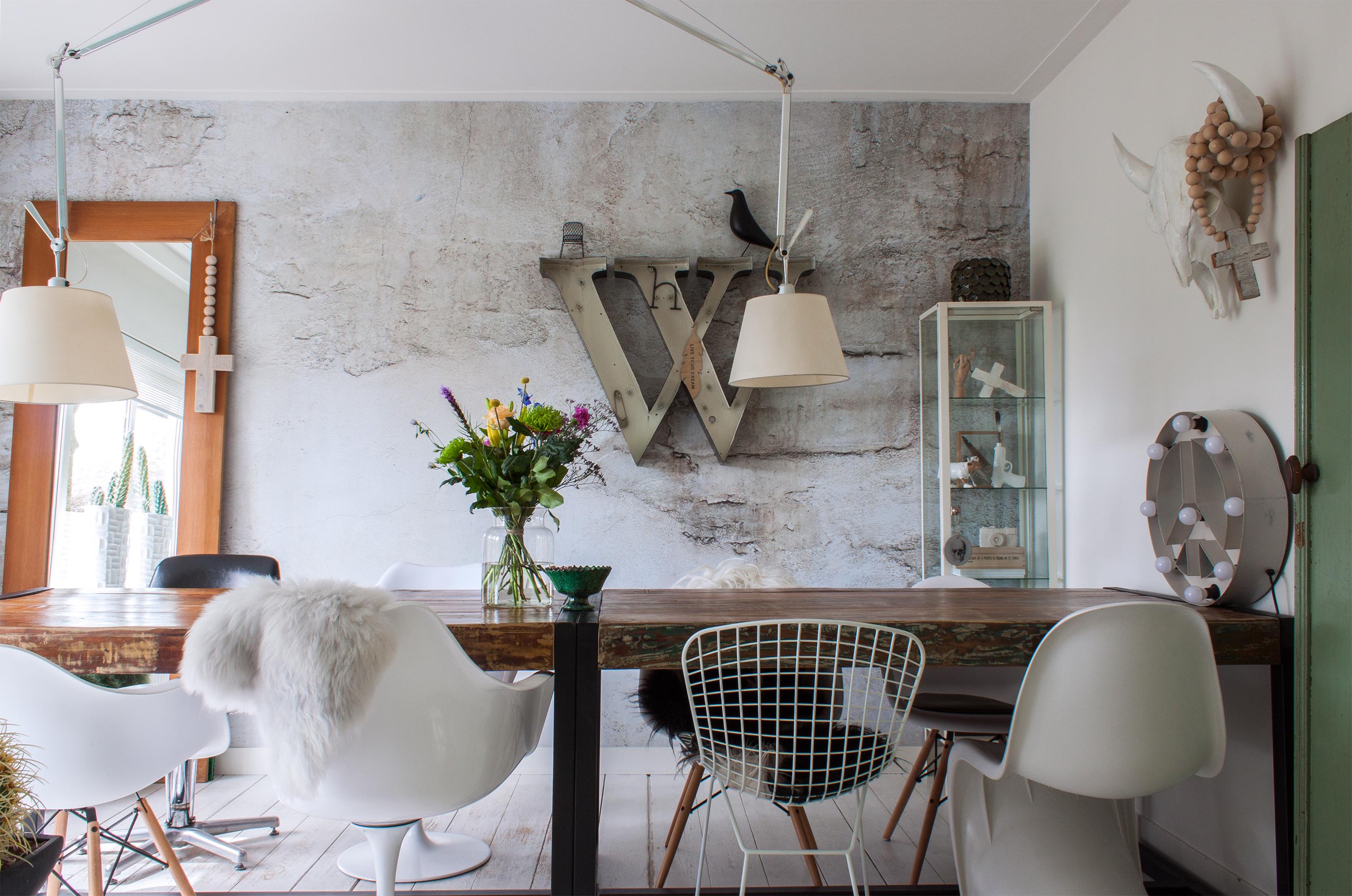 Design Replica Meubels : A dutch design shop owner s stylishly u cstoeru d home apartment therapy