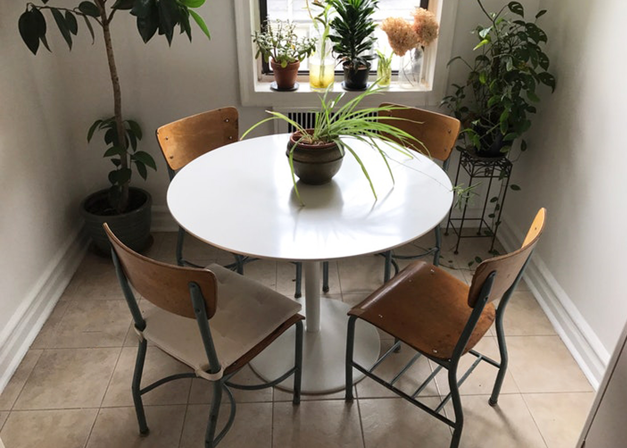 Awesome Daily Marketplace Deals Secondhand Cb2 West Elm And More Caraccident5 Cool Chair Designs And Ideas Caraccident5Info