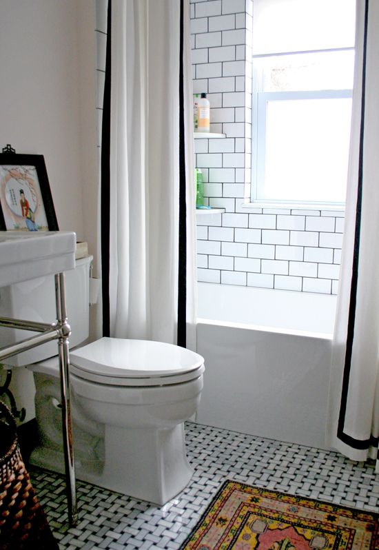 8 Stylish Solutions For Your Totally Icky Rental Bathroom