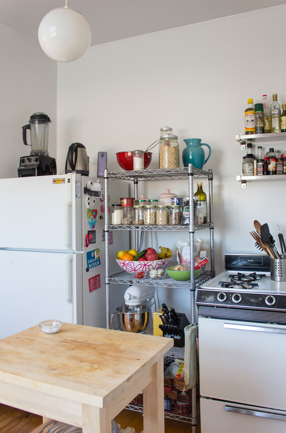 The Wire Shelving Unit That Solved My Small Kitchen Storage ...