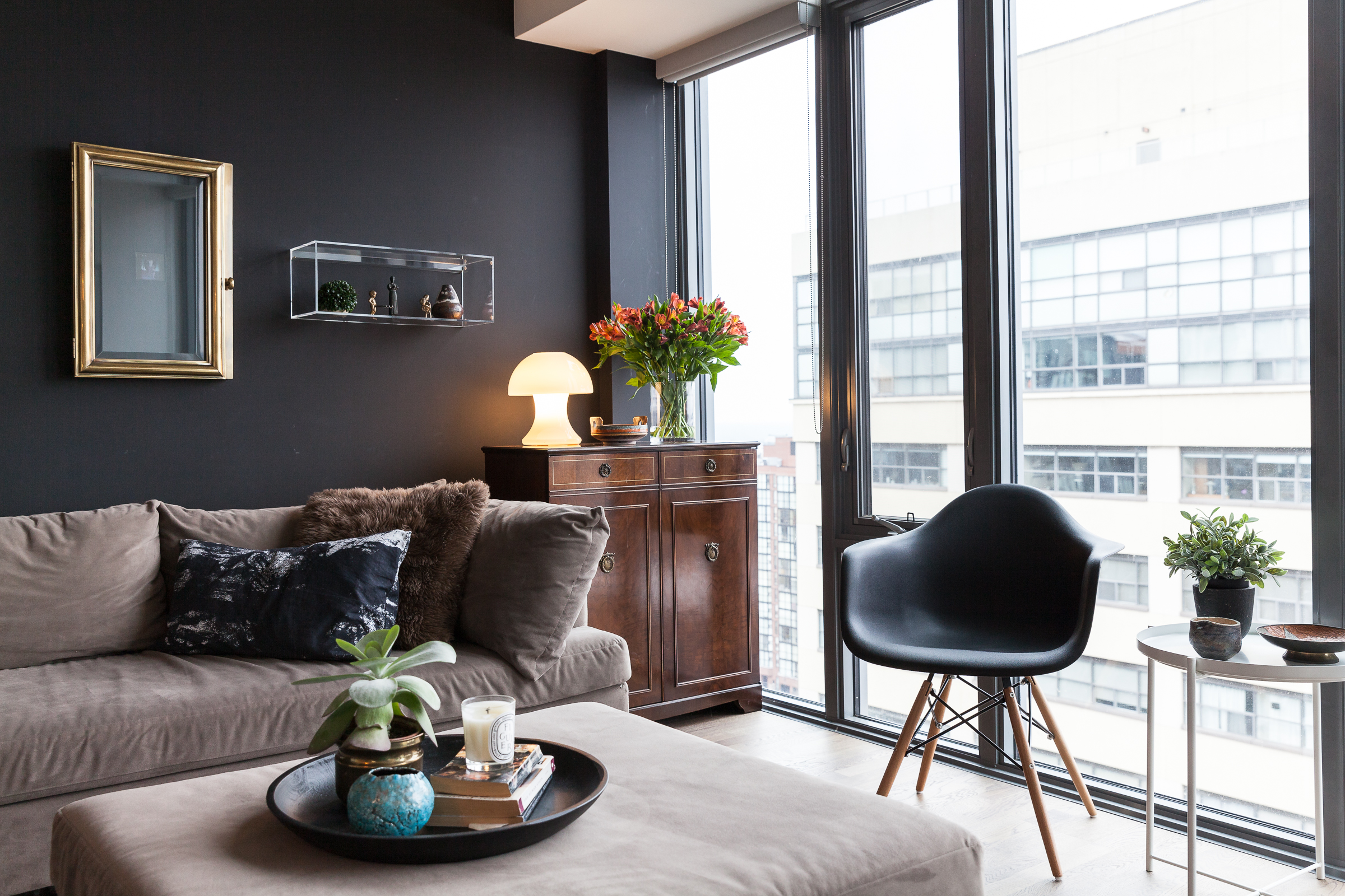 Why Black Walls Are An Interior Design Tool You Should Use Apartment Therapy