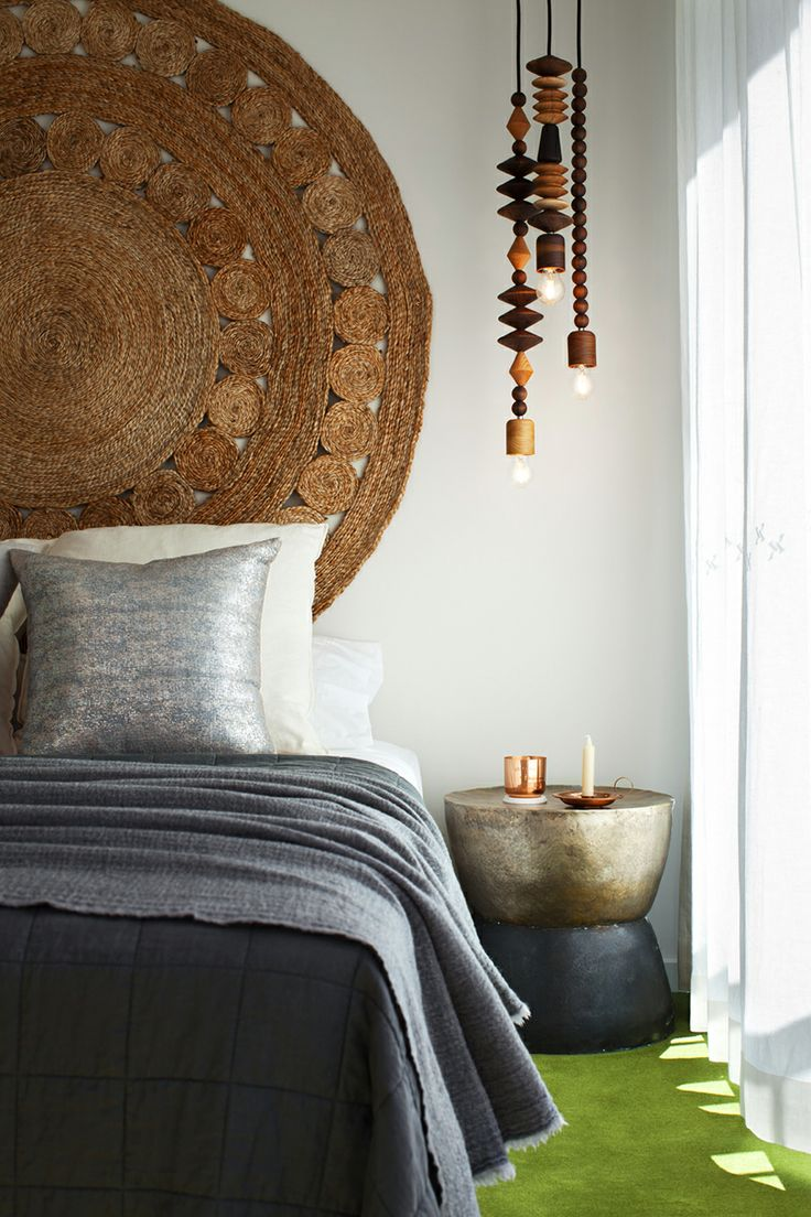11 Ideas For How To Frame A Bed Without A Headboard