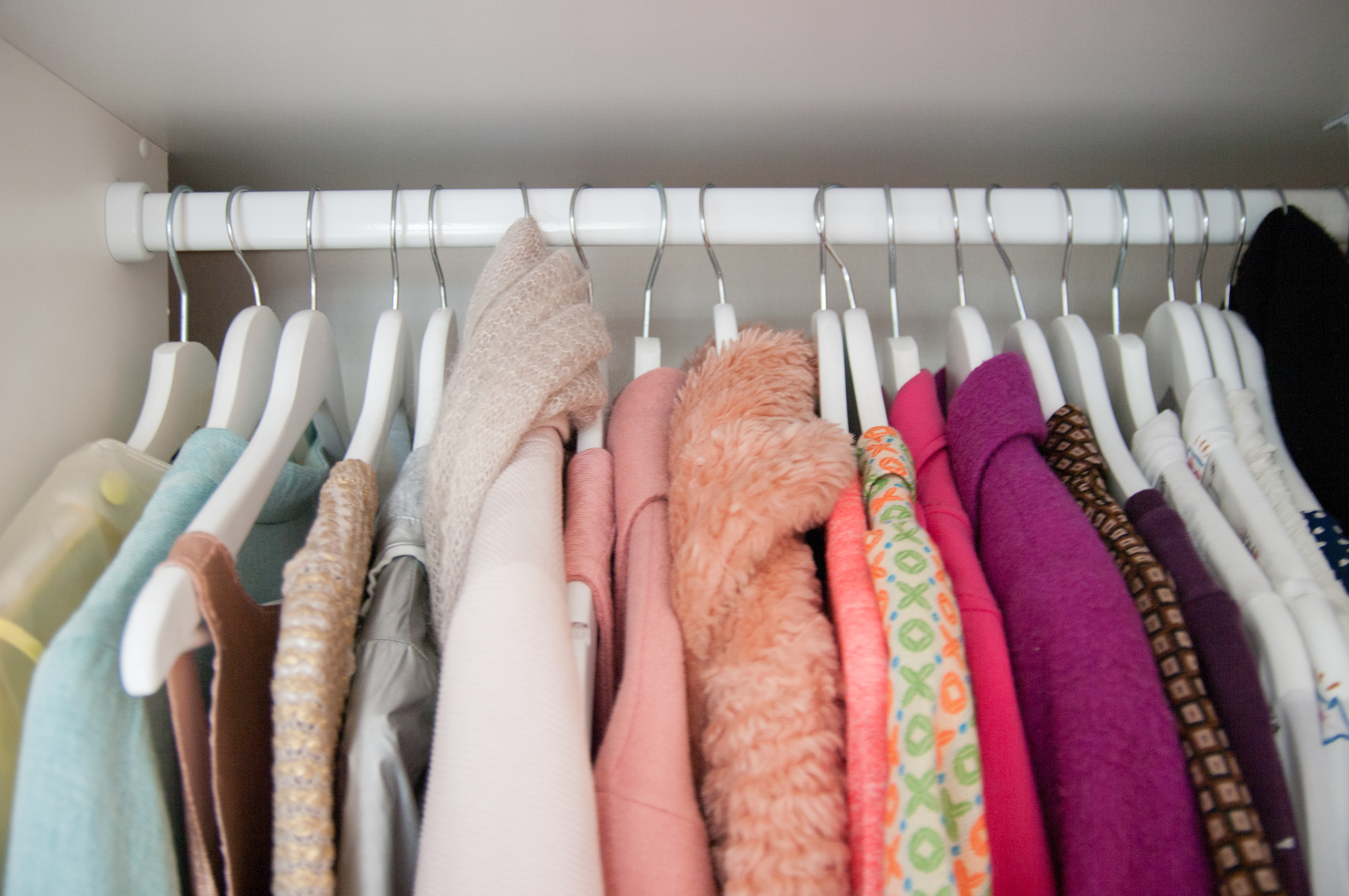 5 Ruthless Questions to Ask Yourself When Decluttering