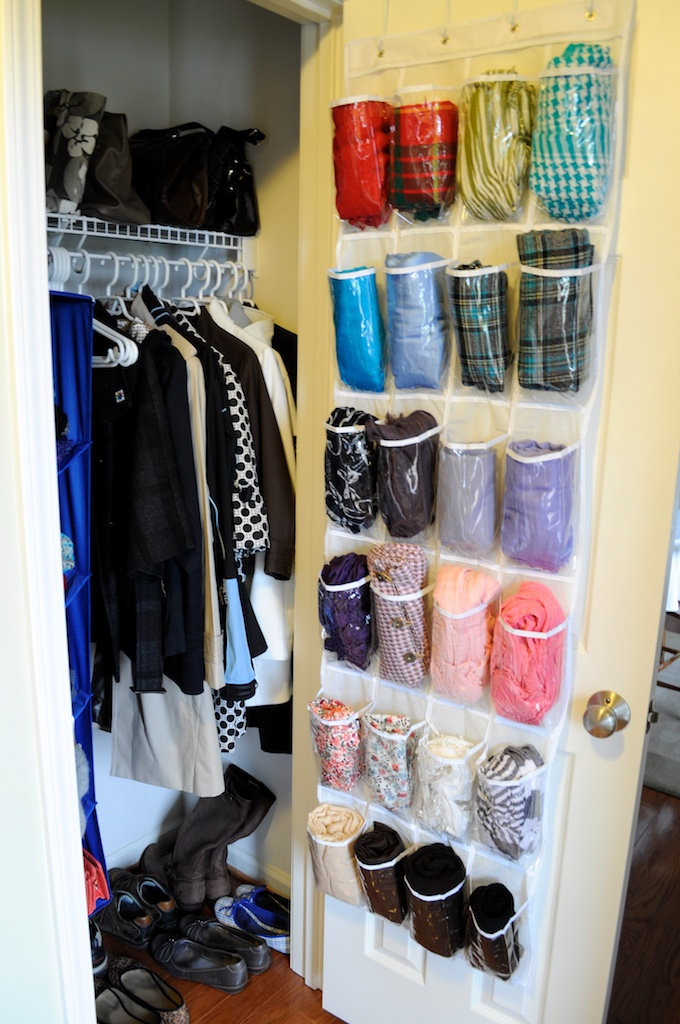 7e0f211b3cfab Part Art, Part Storage: 6 Genius Ways to Store Accessories When You Have No  Room | Apartment Therapy