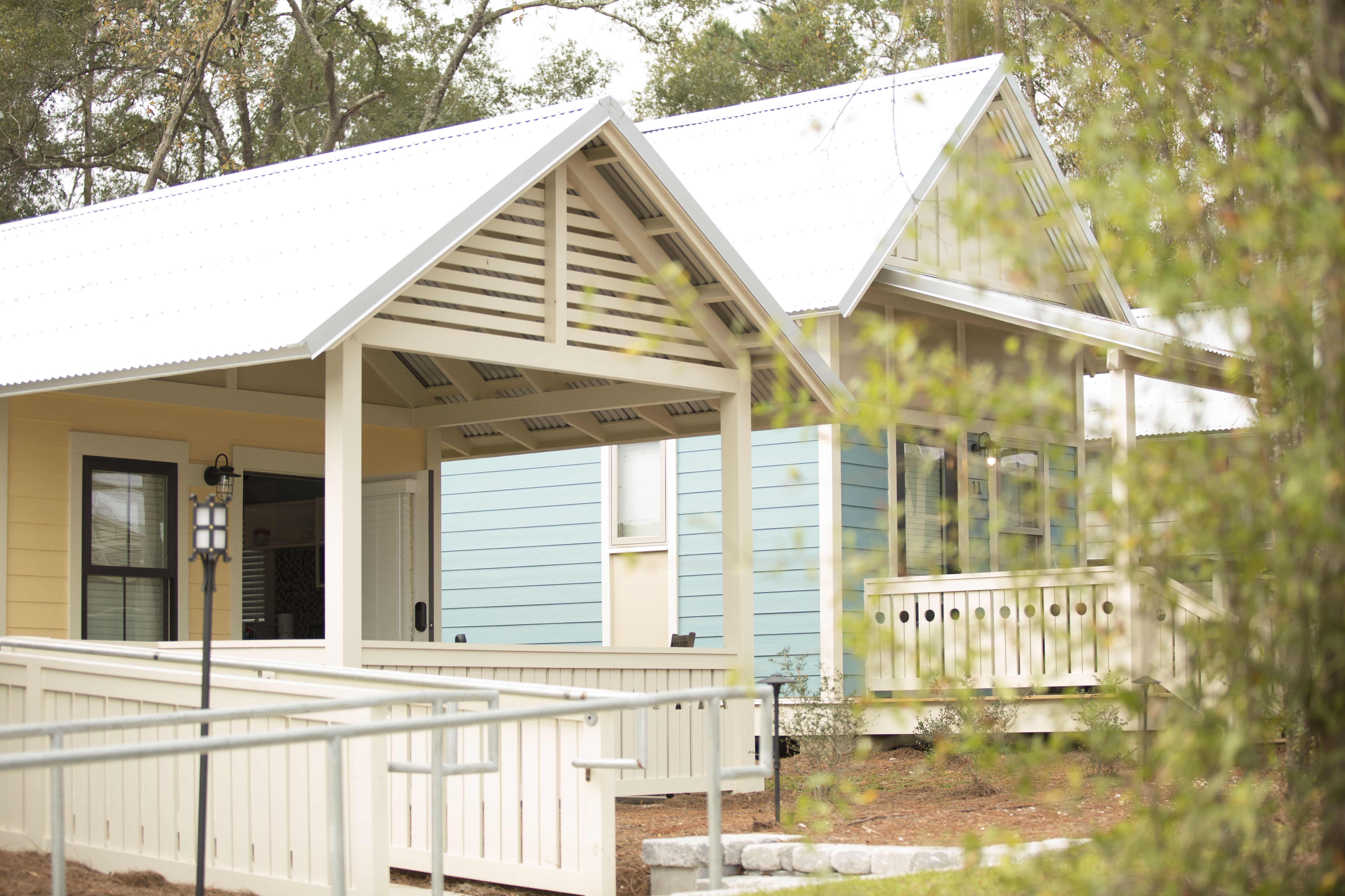 Amazing Florida Tiny House Community Affordable Smart Tech Home Interior And Landscaping Elinuenasavecom