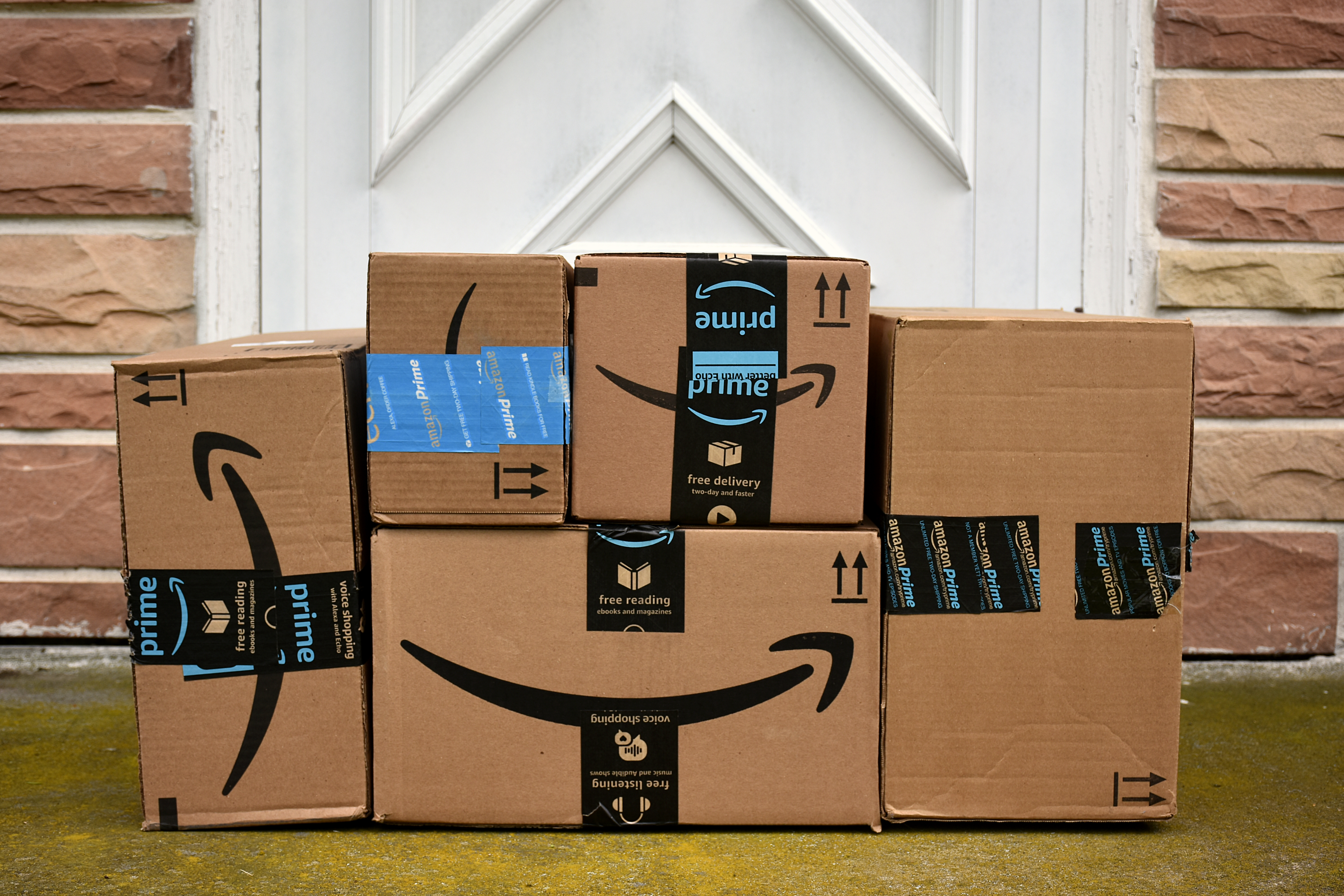 Amazon Unwanted Packages Anonymous Sender Reports | Apartment Therapy
