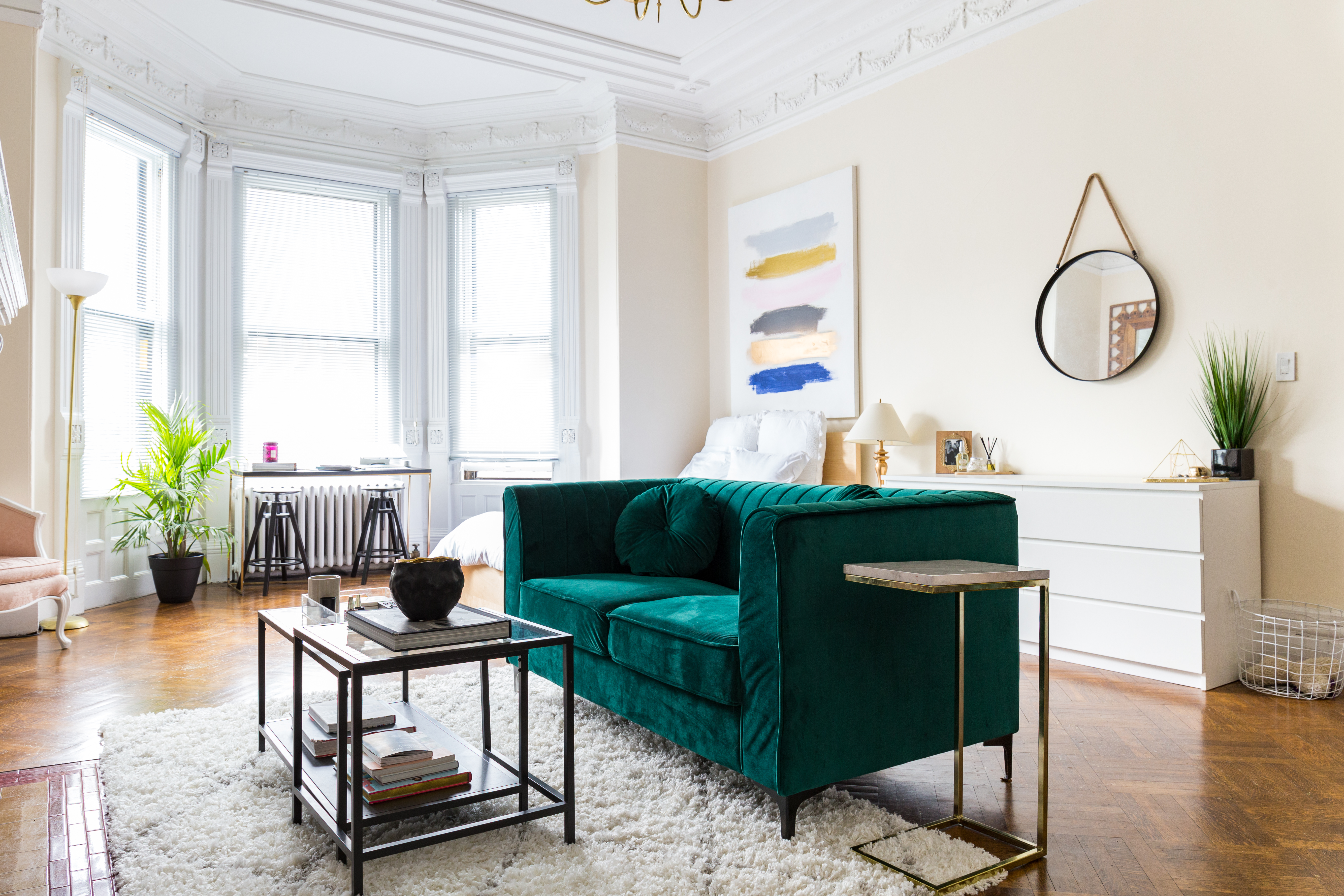 A 500 Square Foot Boston Studio Apartment Is Enviously Chic