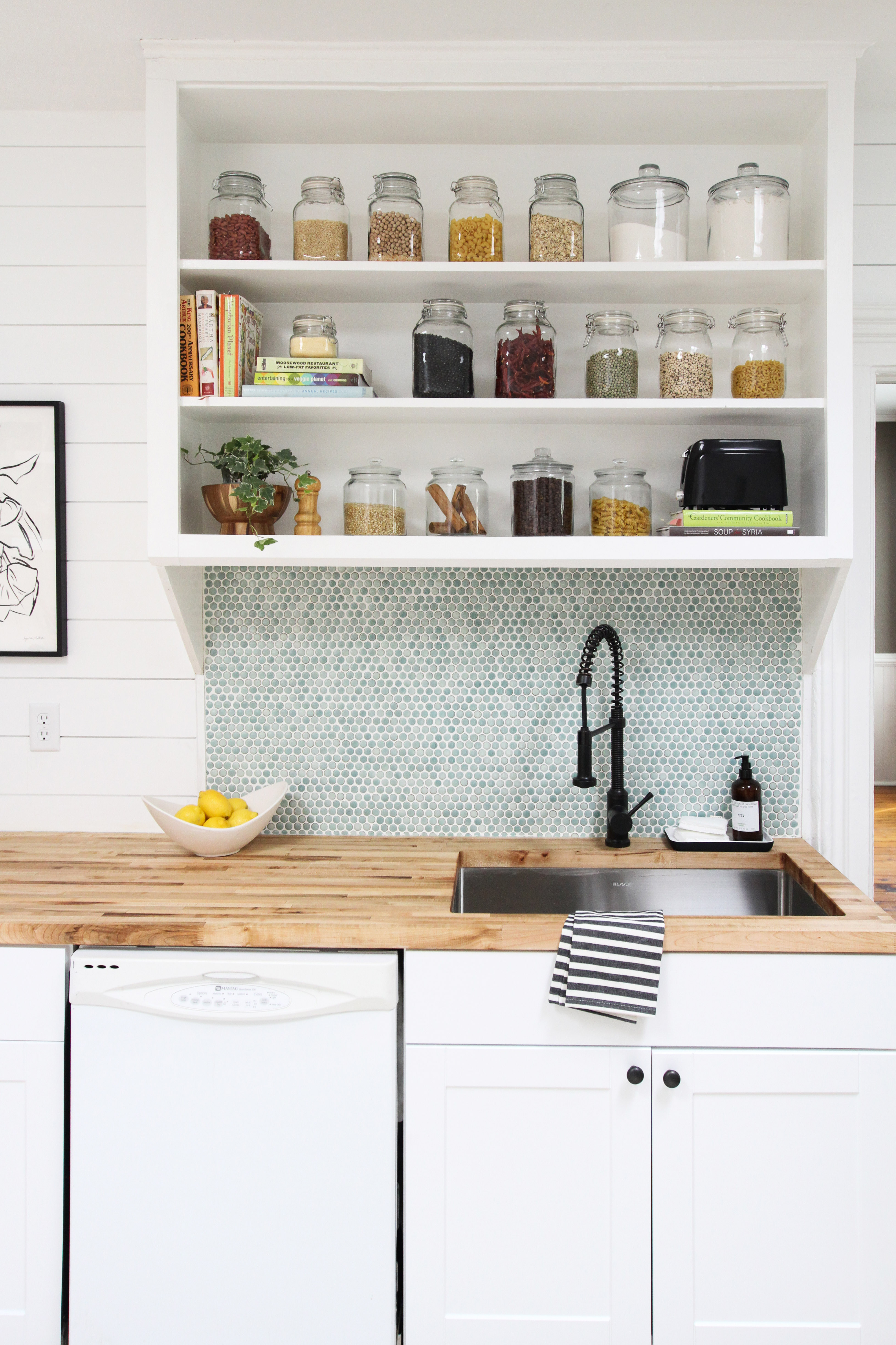 How to Grout Tile Backsplash | Apartment Therapy