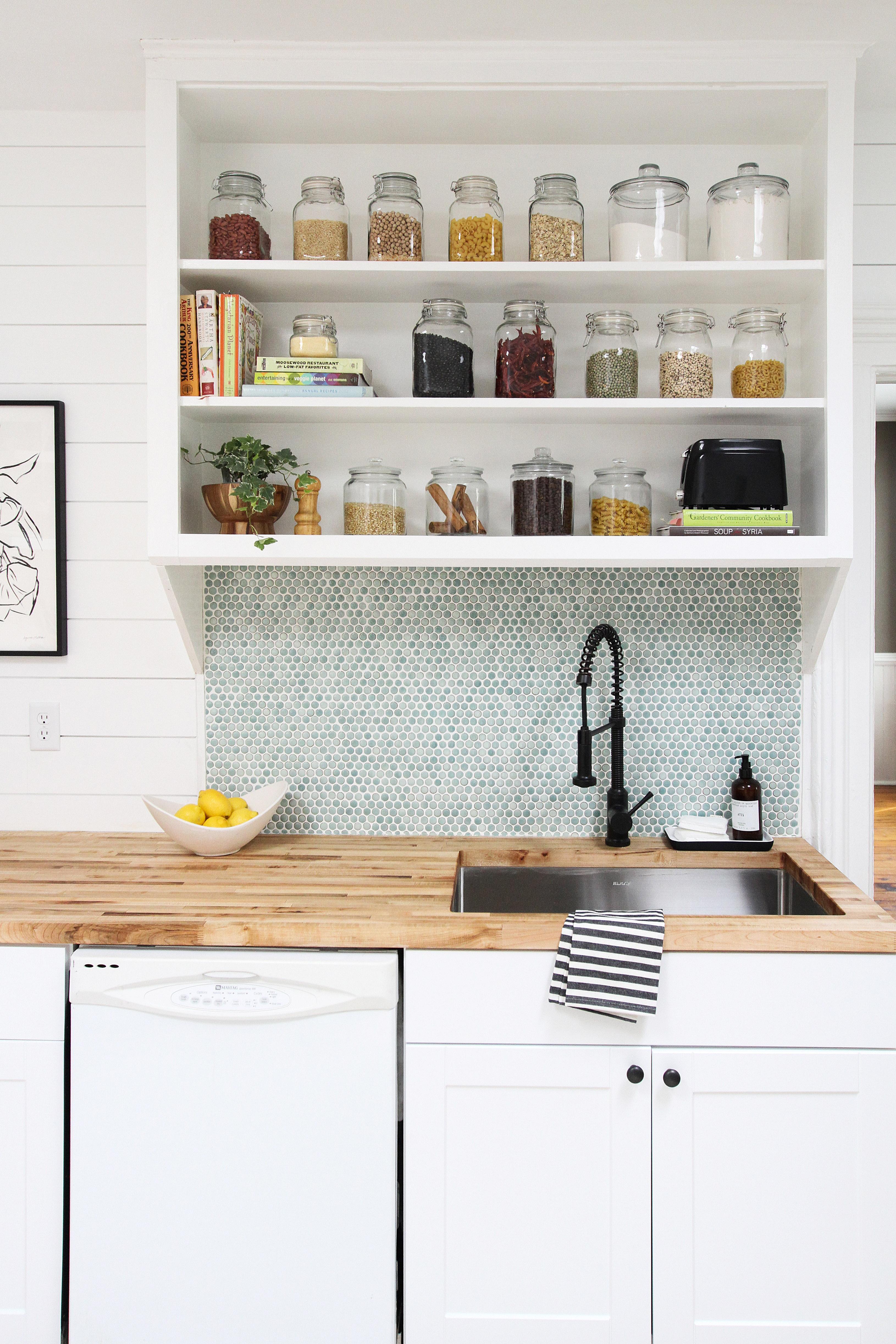 Farmhouse Kitchen Remodel - Design Photos, Tips | Apartment