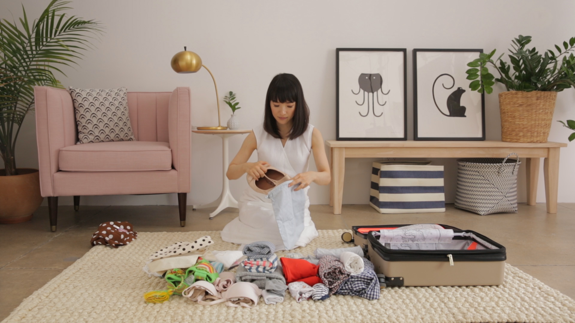 Marie Kondo Showed Us How to Pack a Suitcase