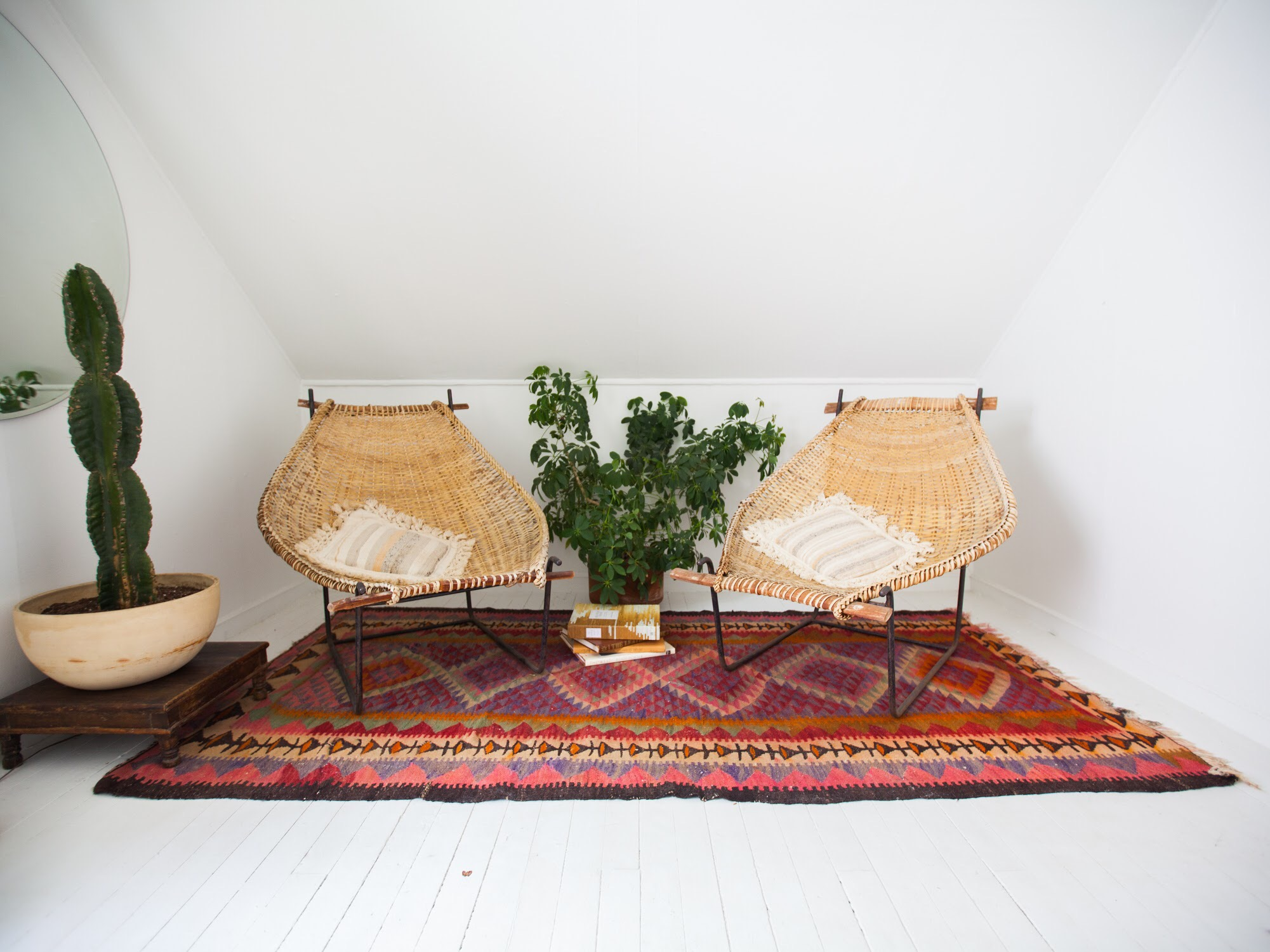 Bohemian Small Space Design Trend Boho Decorating Apartment Therapy
