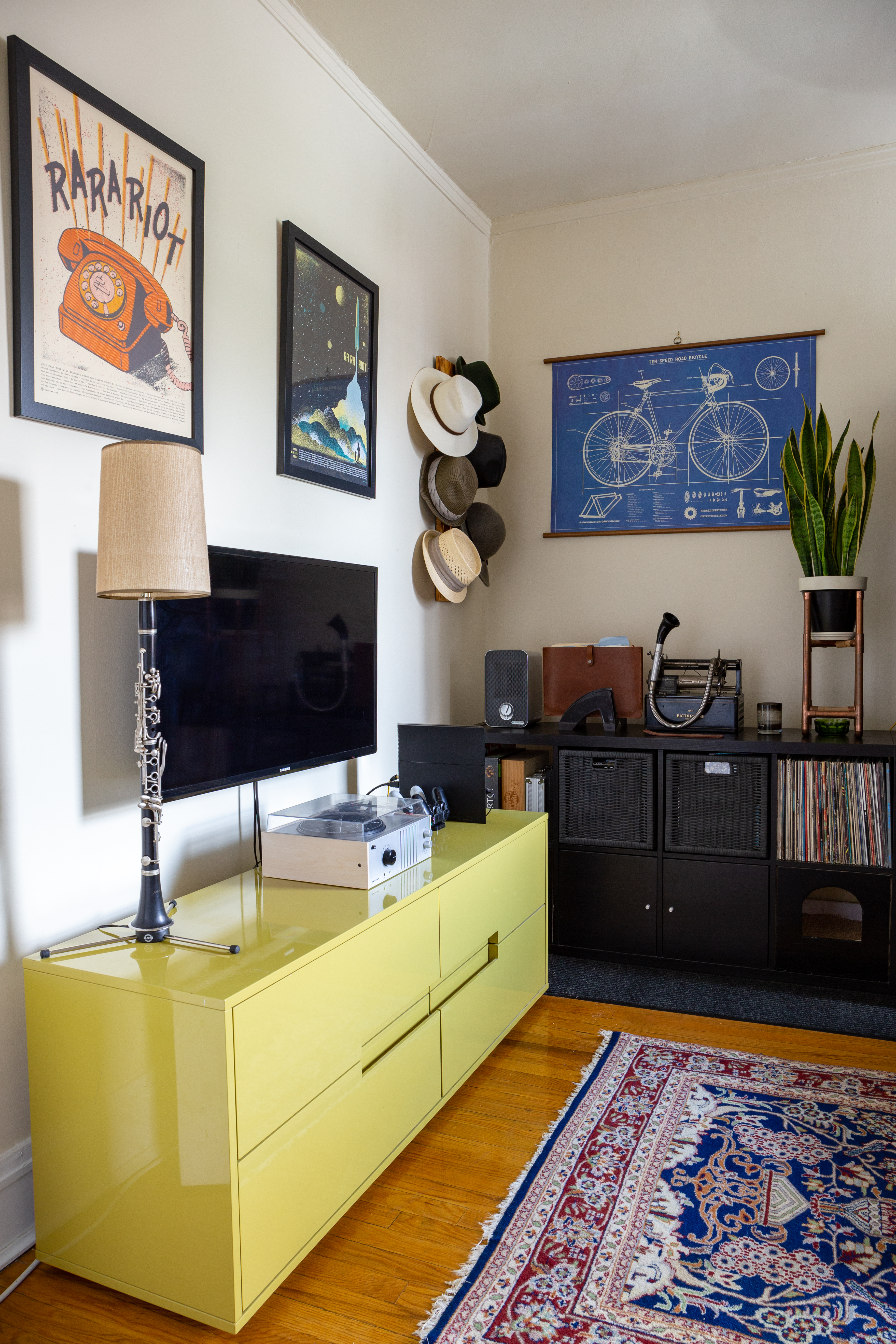 Brick Wall Decor Inspiration in a Chicago Home Tour