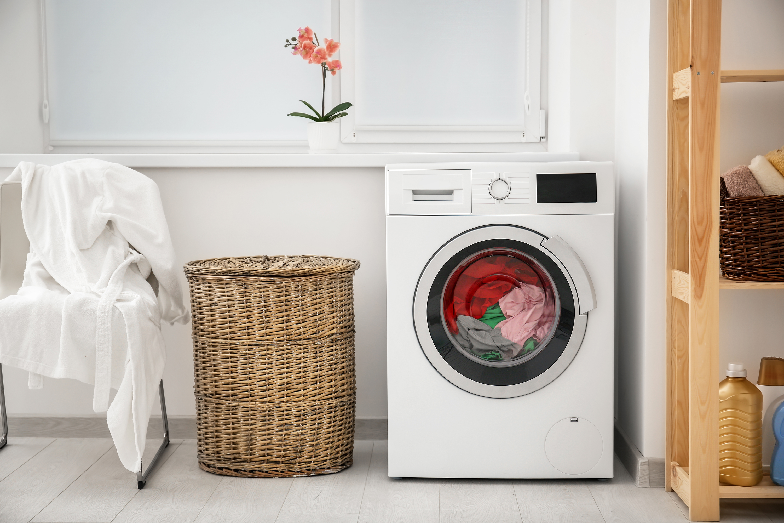Whirlpool Smart Washer Dryer CES 2019 | Apartment Therapy