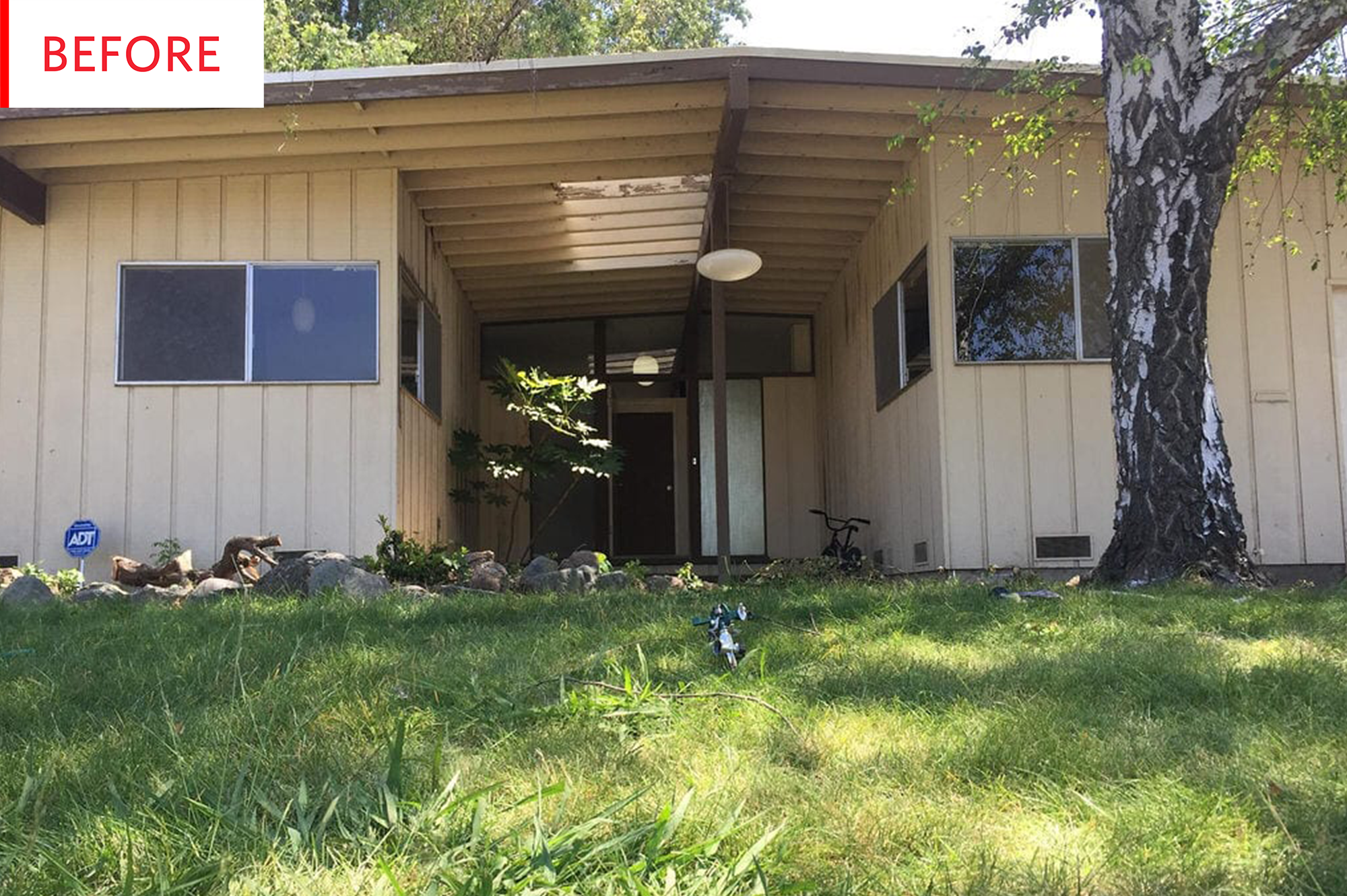 Mid Century Ranch Exterior House Paint After Photos