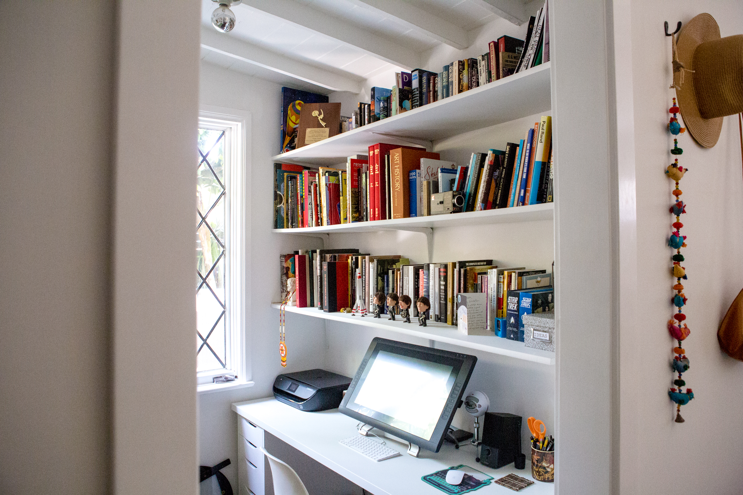 Small Home Office Ideas How To Make A Home Office In A Tiny Space Apartment Therapy