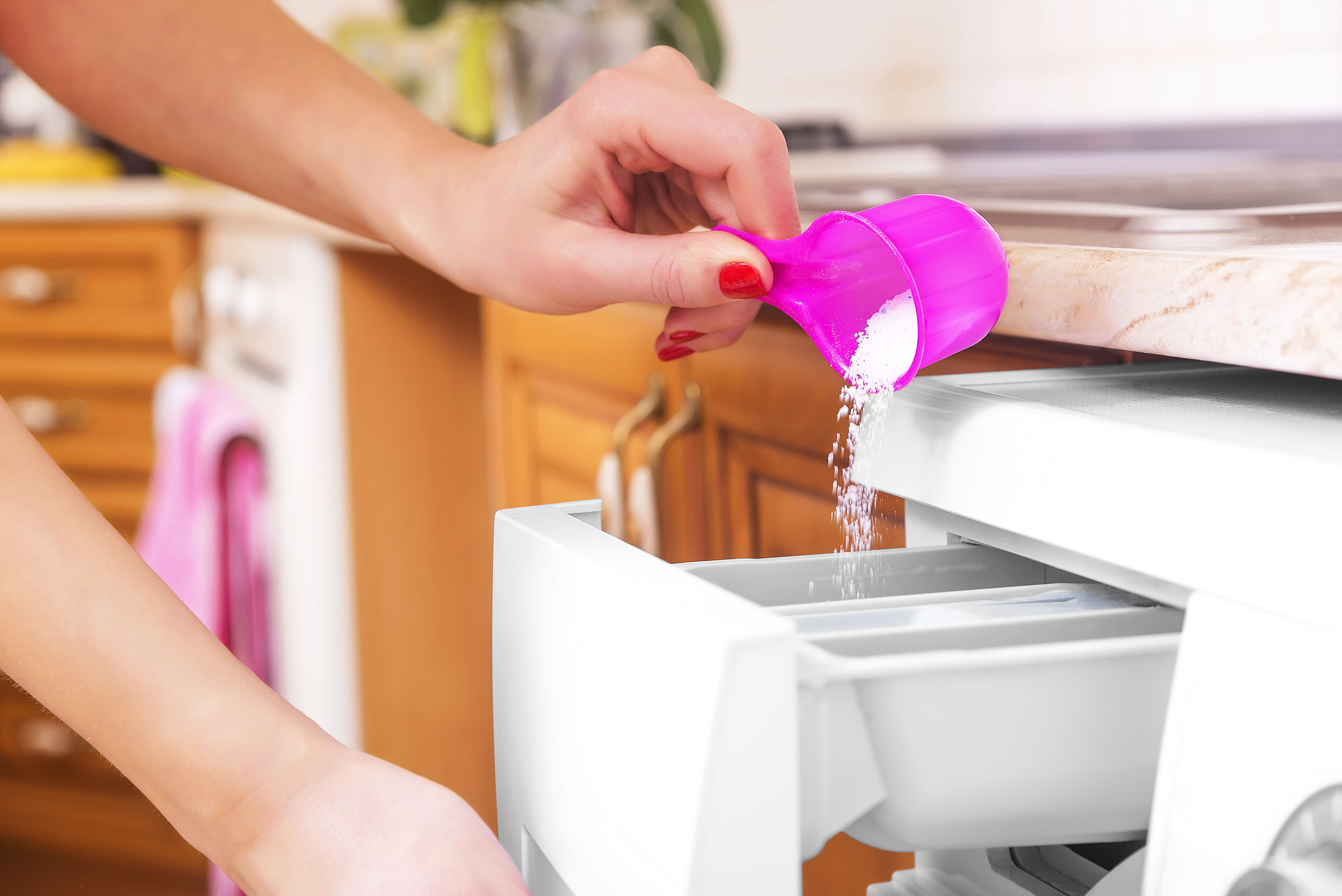 5 Things You Shouldn't Be Doing When You Use Laundry Detergent