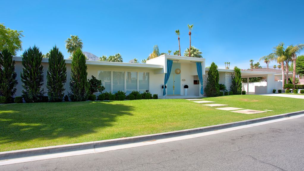 You Can Rent Lucille Ball and Desi Arnaz's California Home for $500/Night