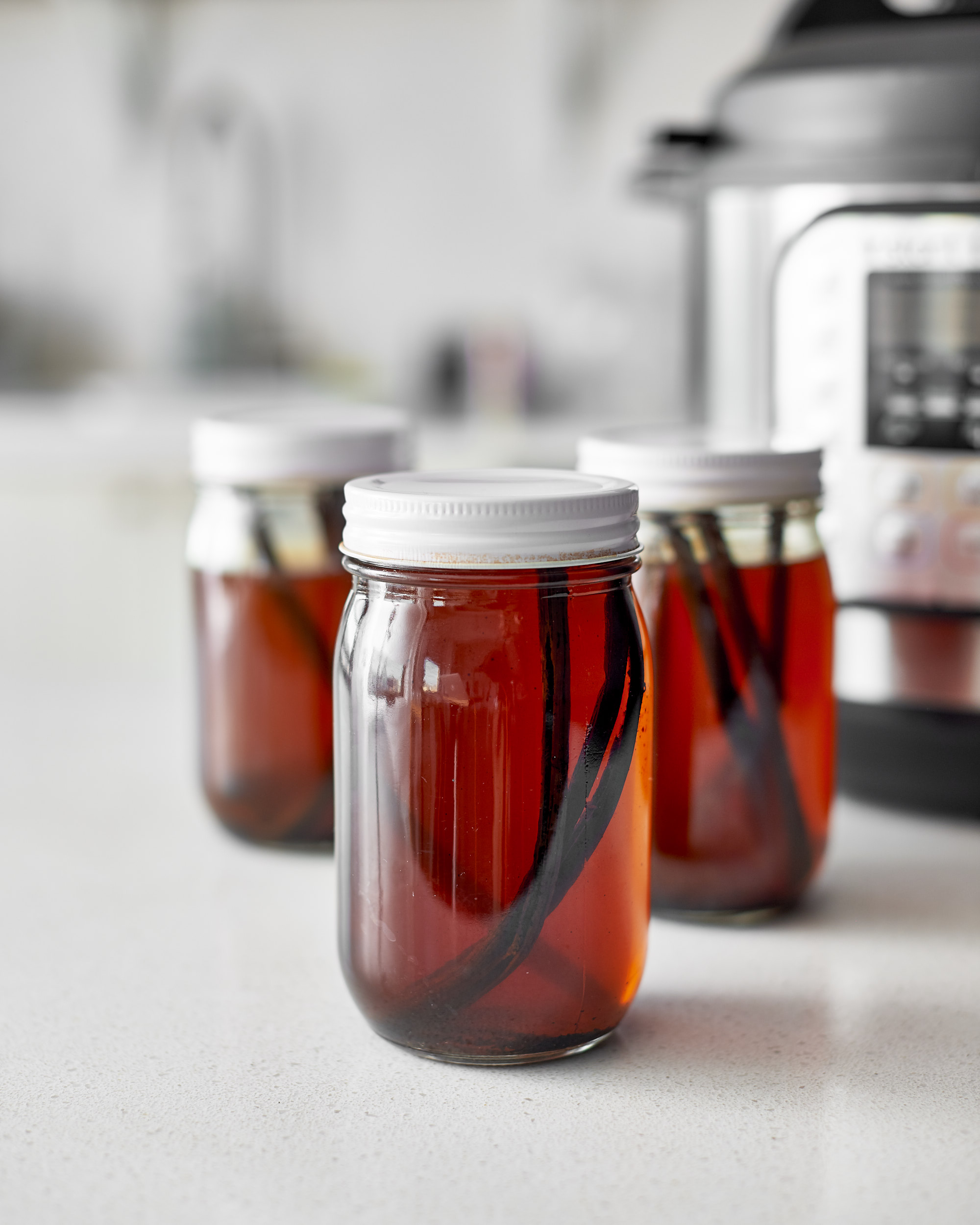 What's the Difference? Vanilla Extract, Vanilla Bean