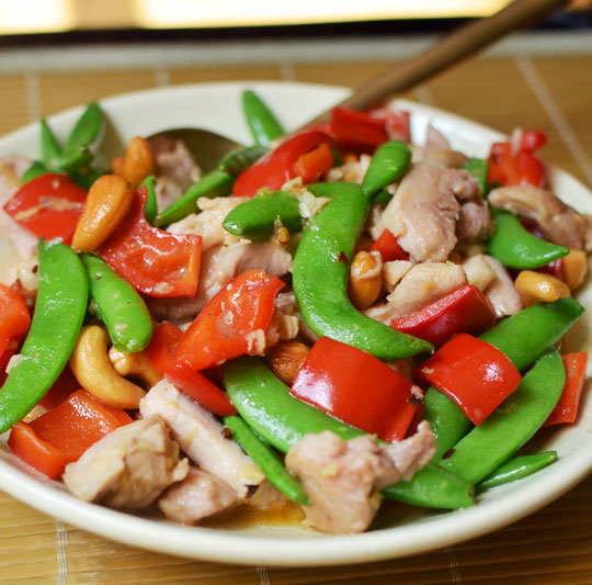 How To Stir-Fry Chicken and Cashews | Kitchn