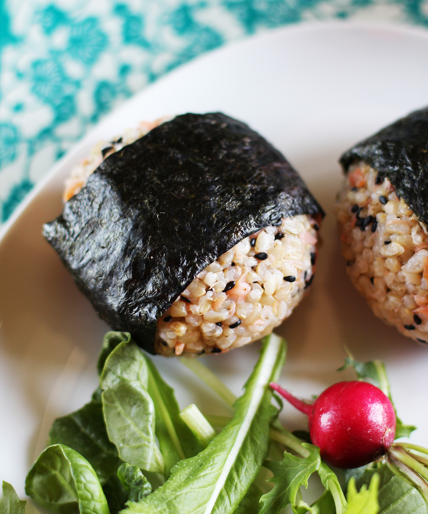 Recipe: Salmon and Black Sesame Onigiri (Japanese Rice Balls) | Kitchn