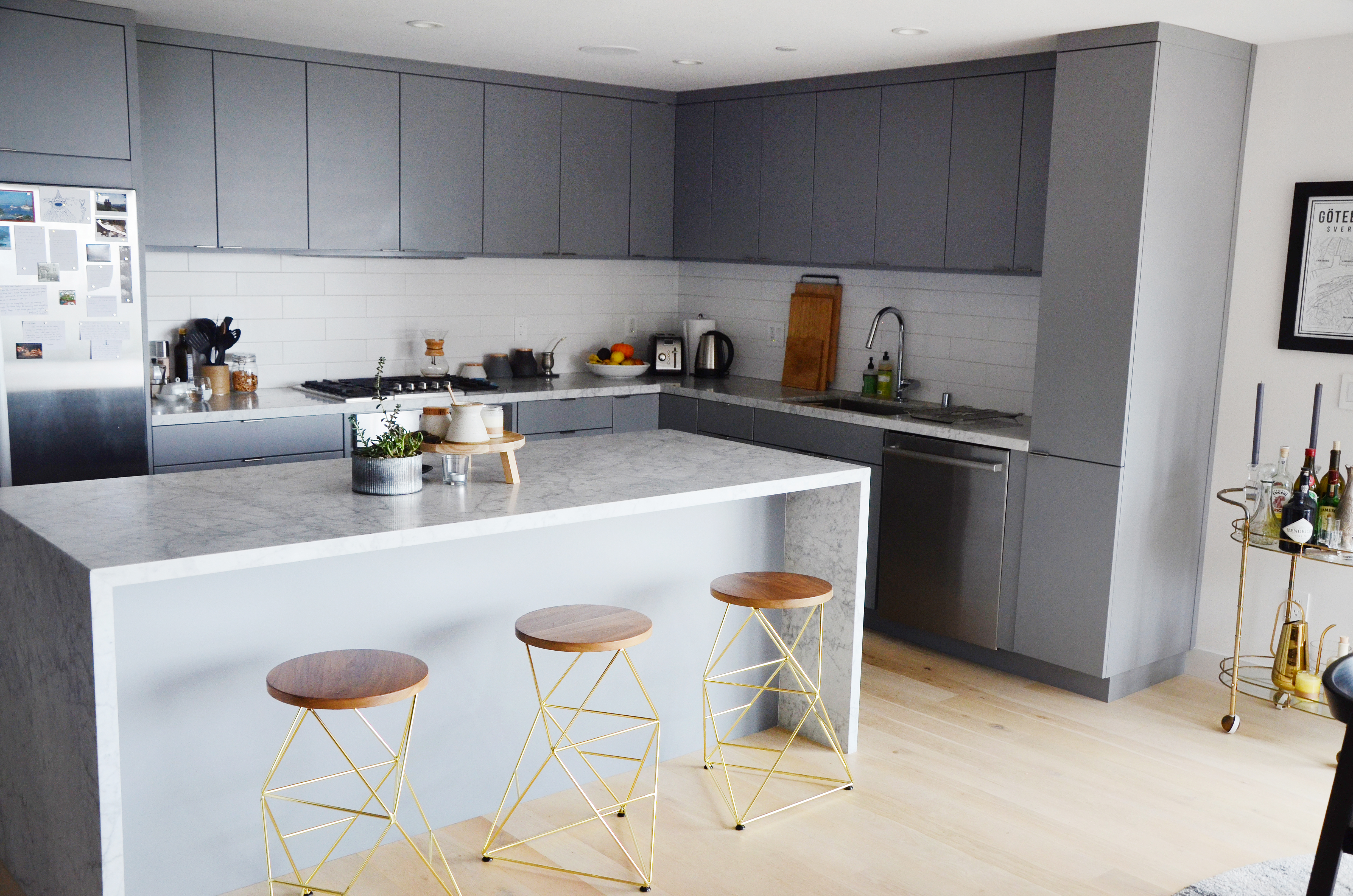 Easy on the Eyes: 5 Gray & Cream Kitchens (And the Perfect ...