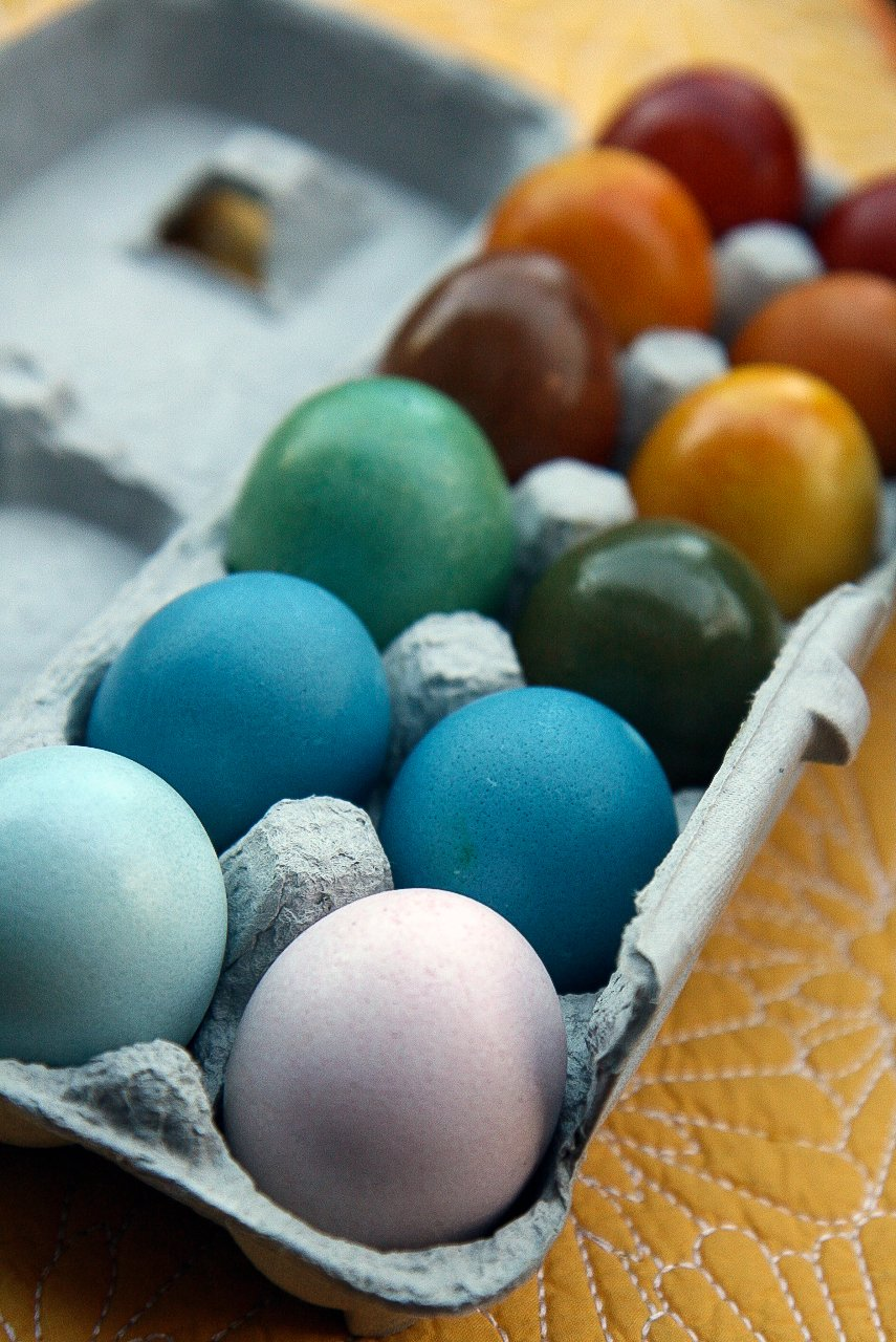 How To Make Naturally Dyed Easter Eggs | Kitchn