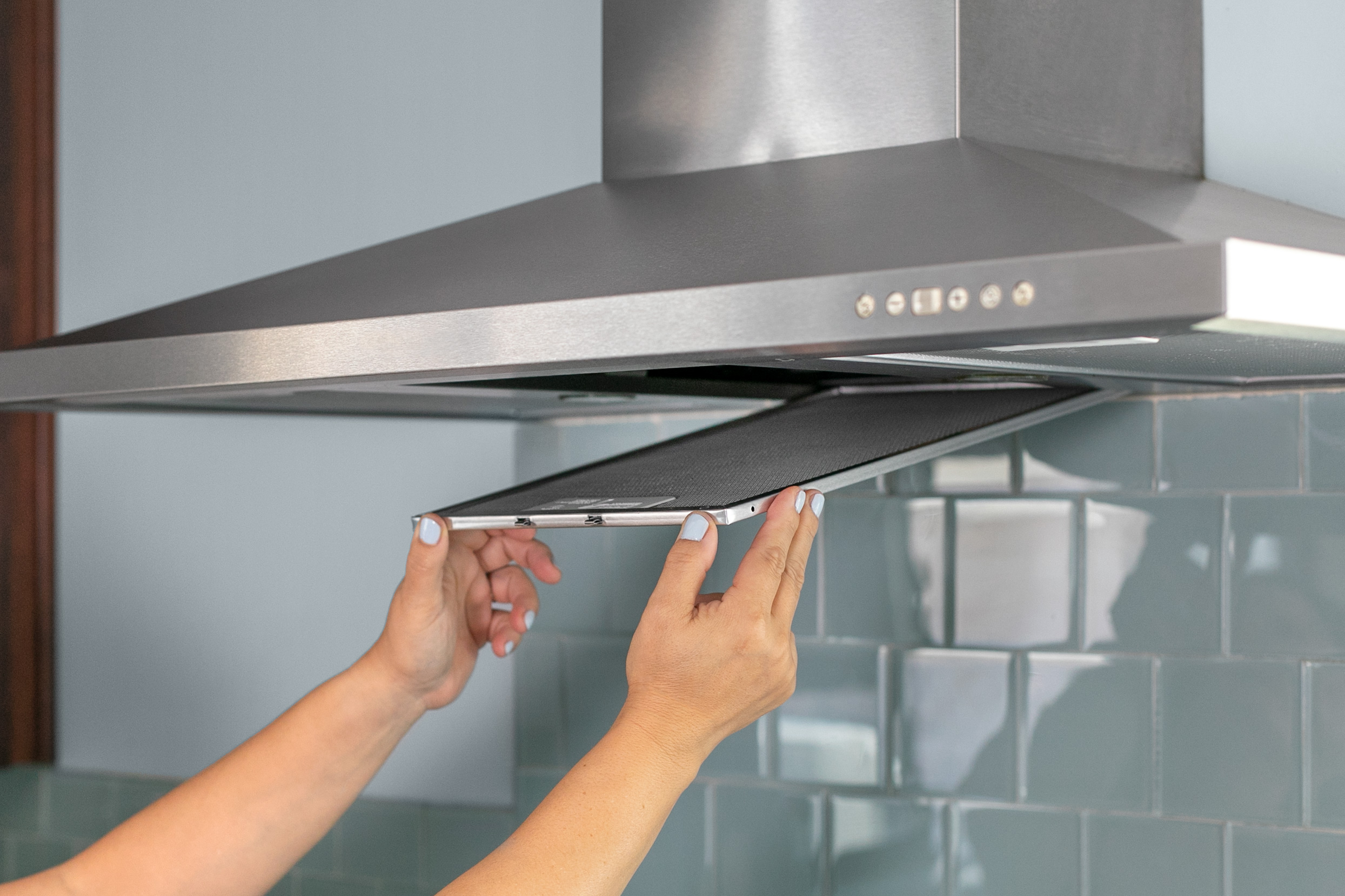 How to clean a Greasy range hood filter? - Ideas 4 U's Blog
