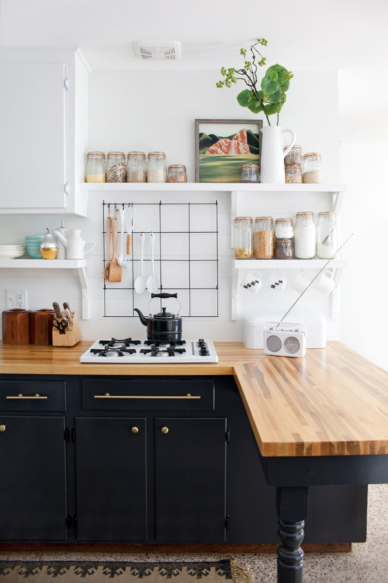 A DIY Wire Utensil Rack Is Such a Smart Solution for Behind the Stove   Kitchn