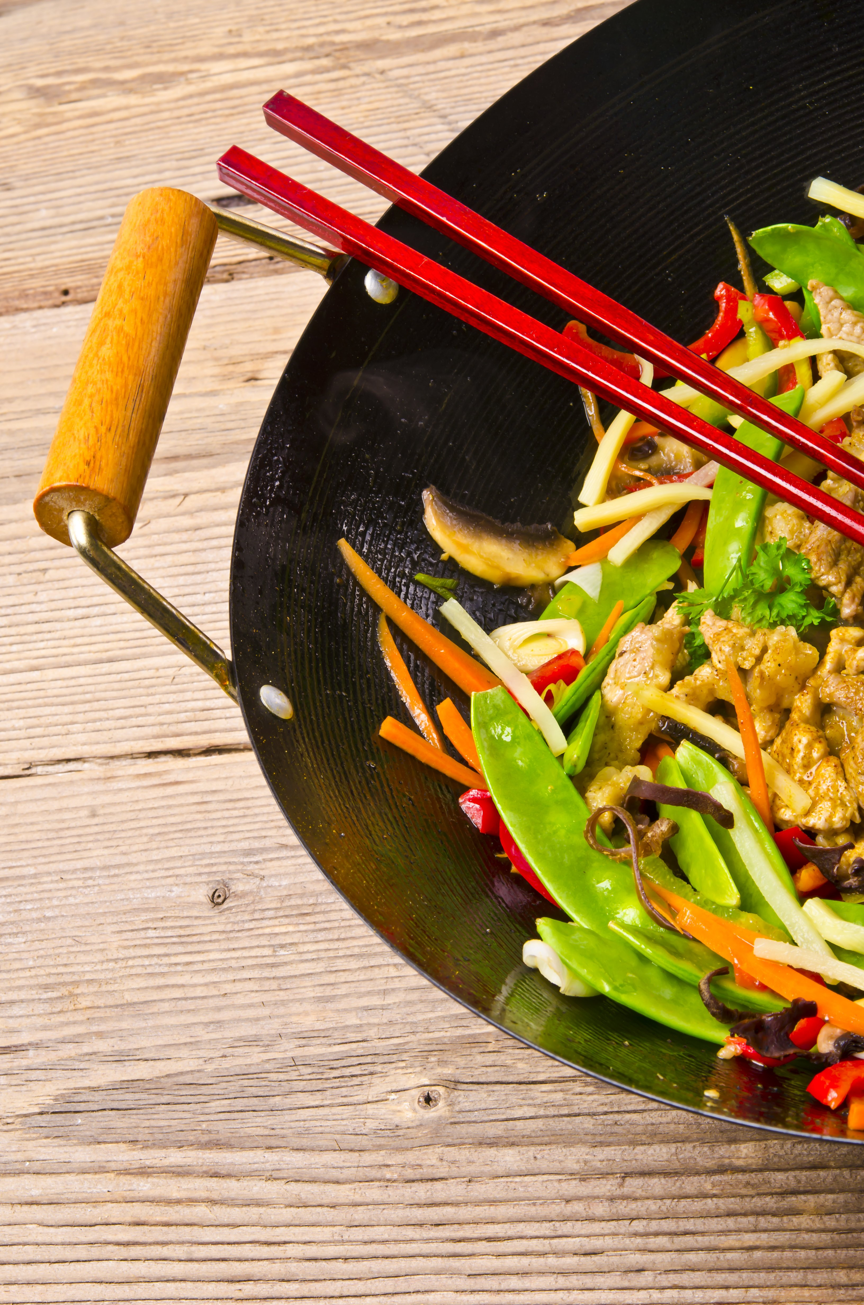 How To Buy and Season a New Wok | Kitchn