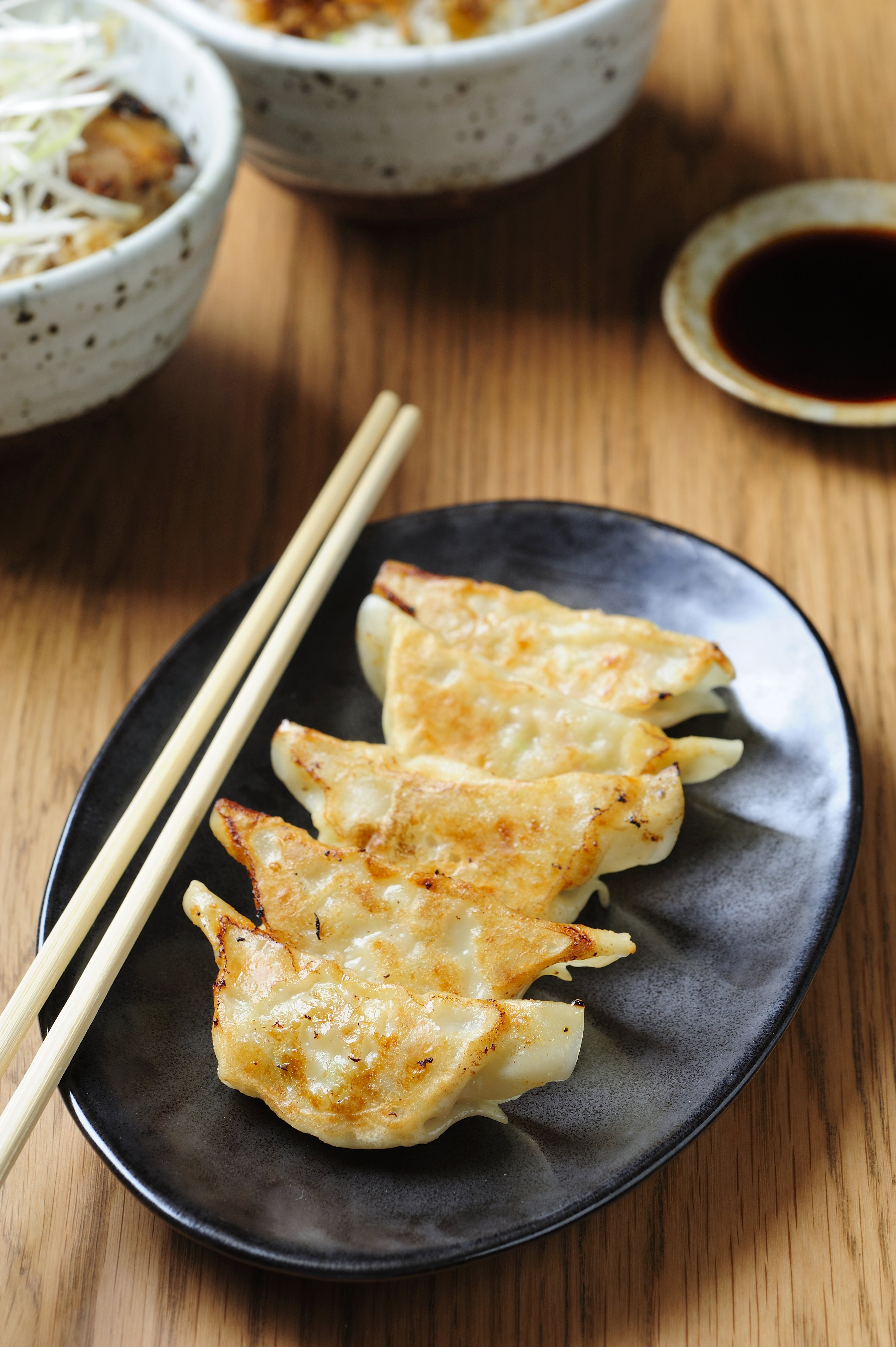 What's the Difference Between Gyoza and Potstickers?   Kitchn