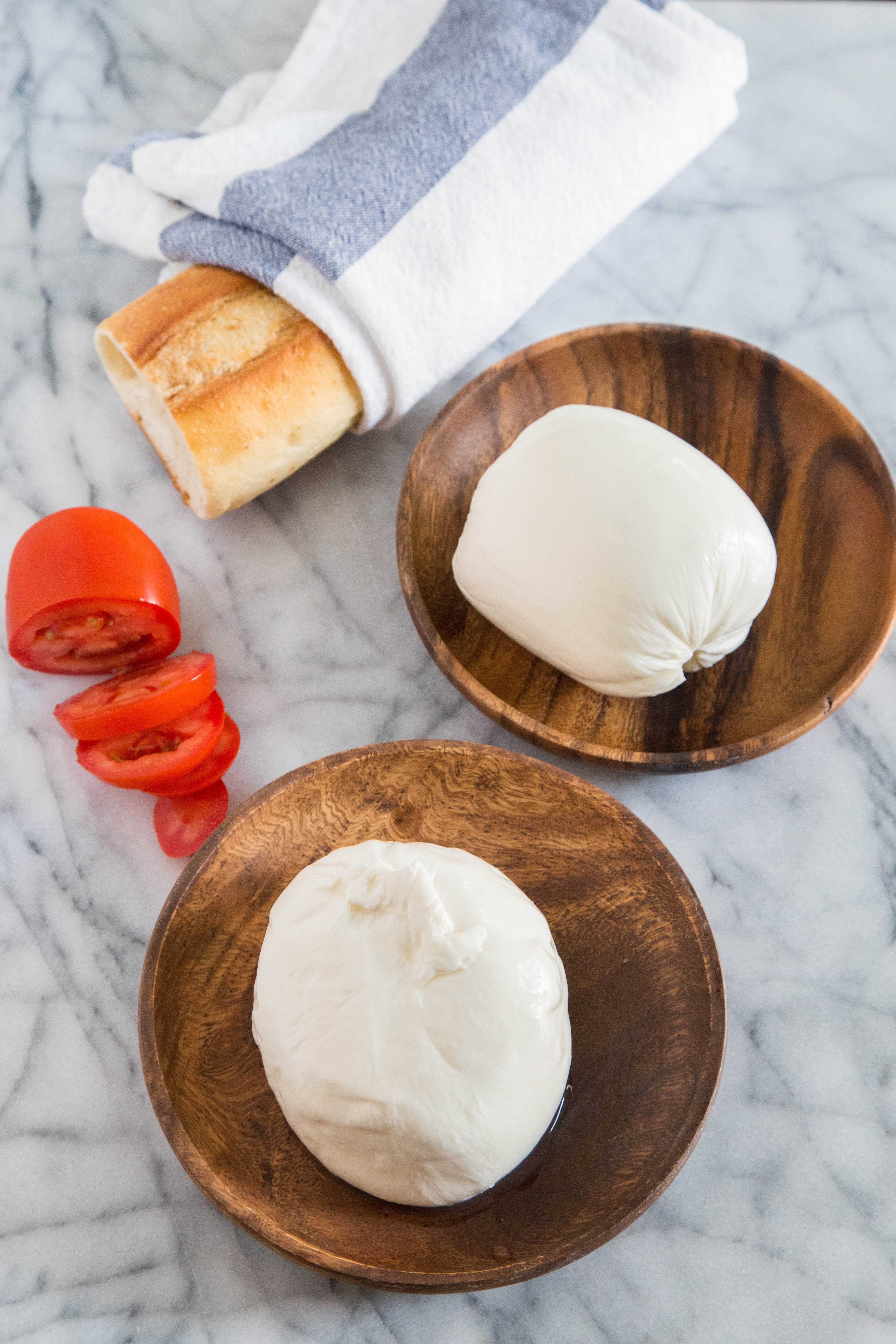 what s the difference between mozzarella and burrata kitchn rh thekitchn com