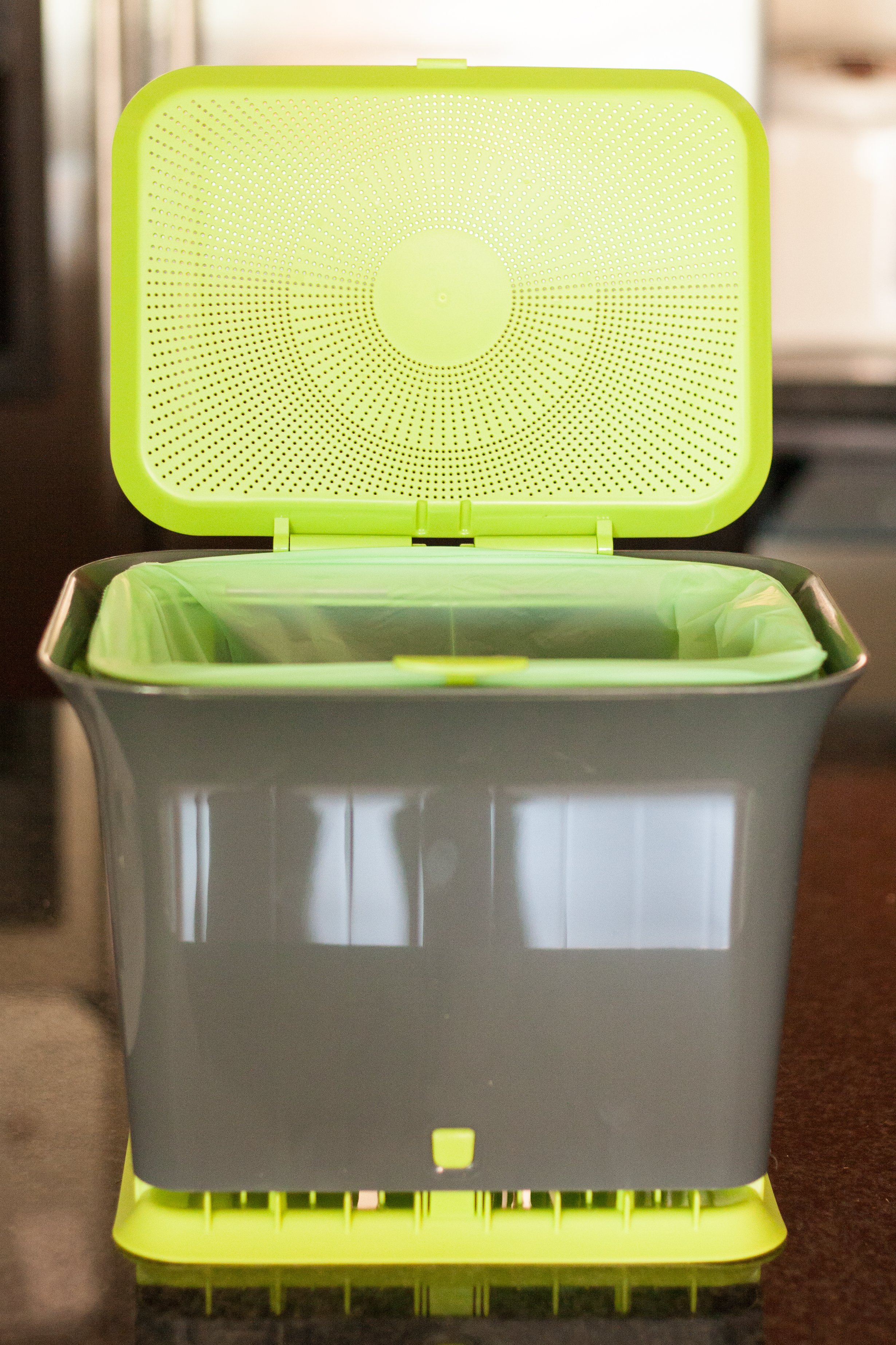 4 Methods for Composting in Your Apartment Kitchen | Kitchn
