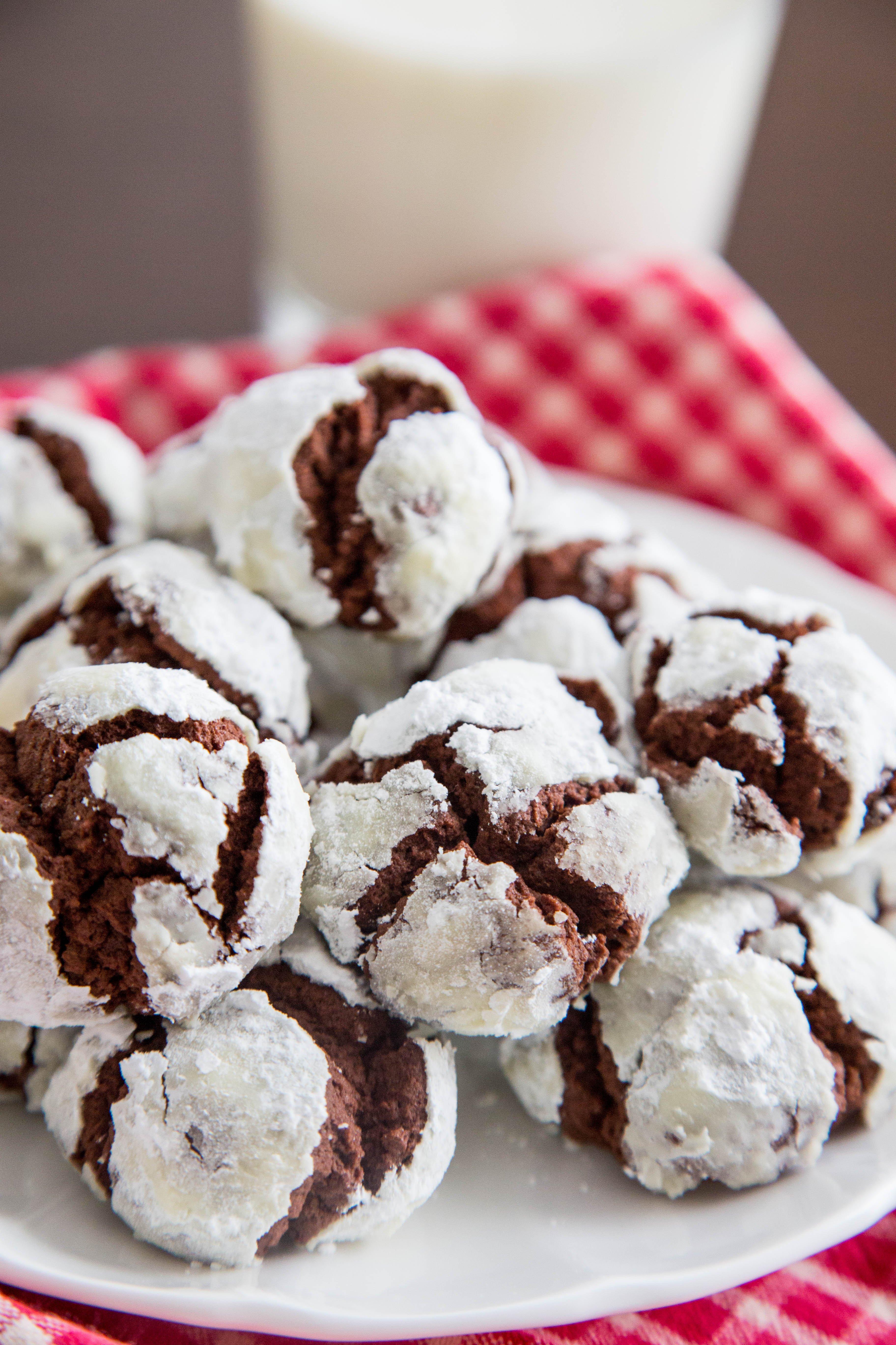 Recipe: Chocolate Crinkle Cookies   Kitchn