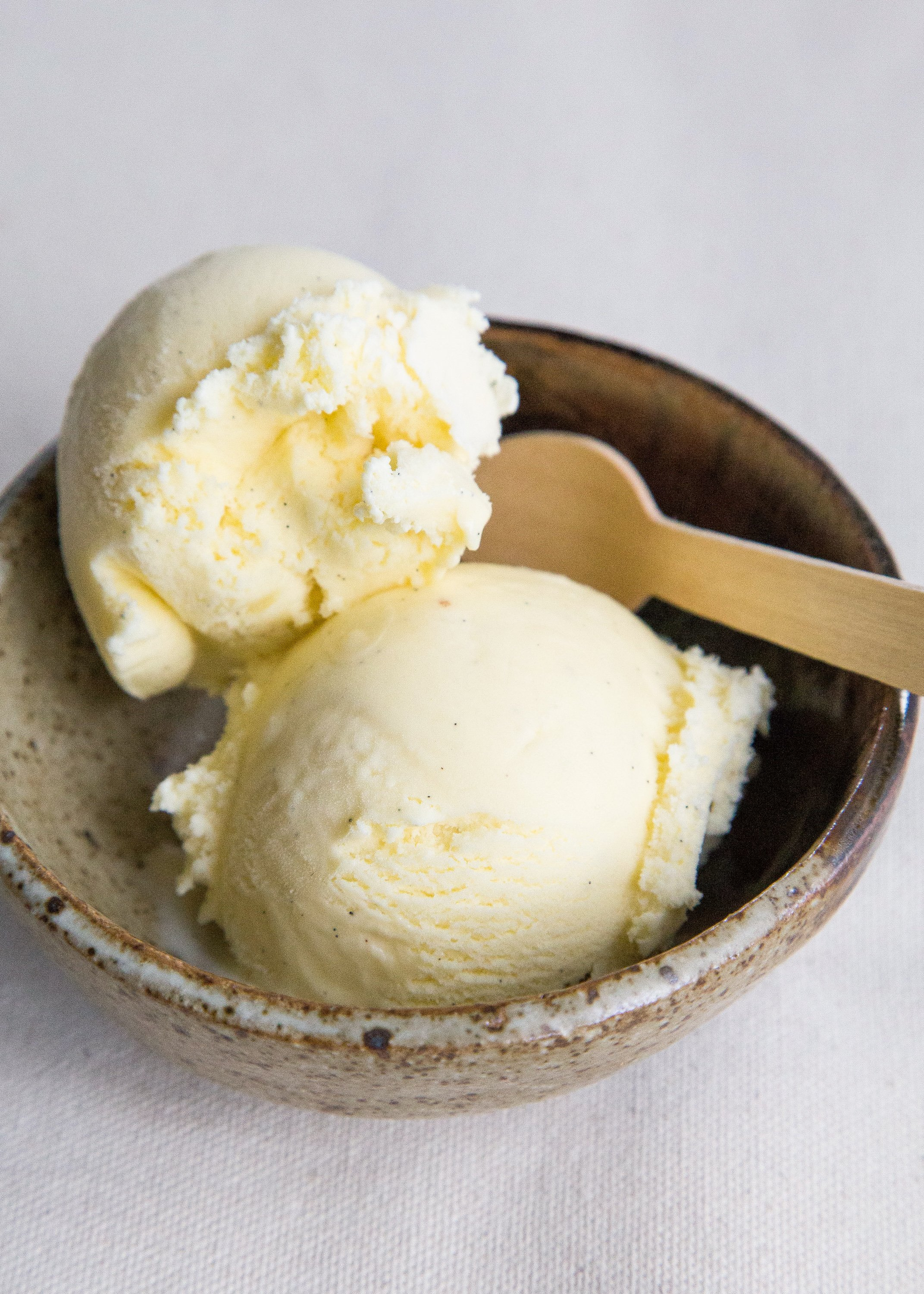 What's the Difference Between Frozen Custard and Ice Cream?   Kitchn