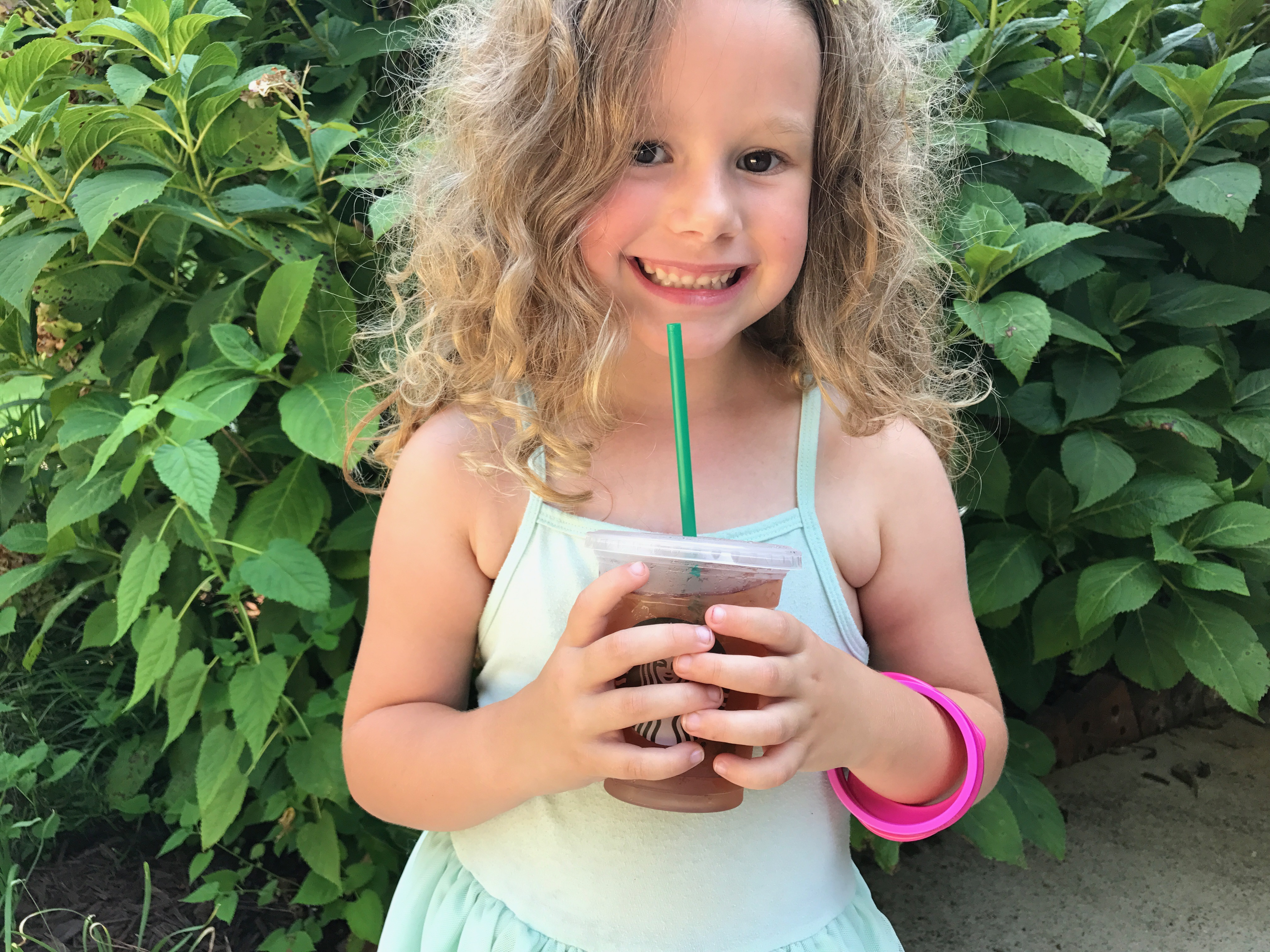 We Asked A Dietitian What To Order For Kids At Starbucks