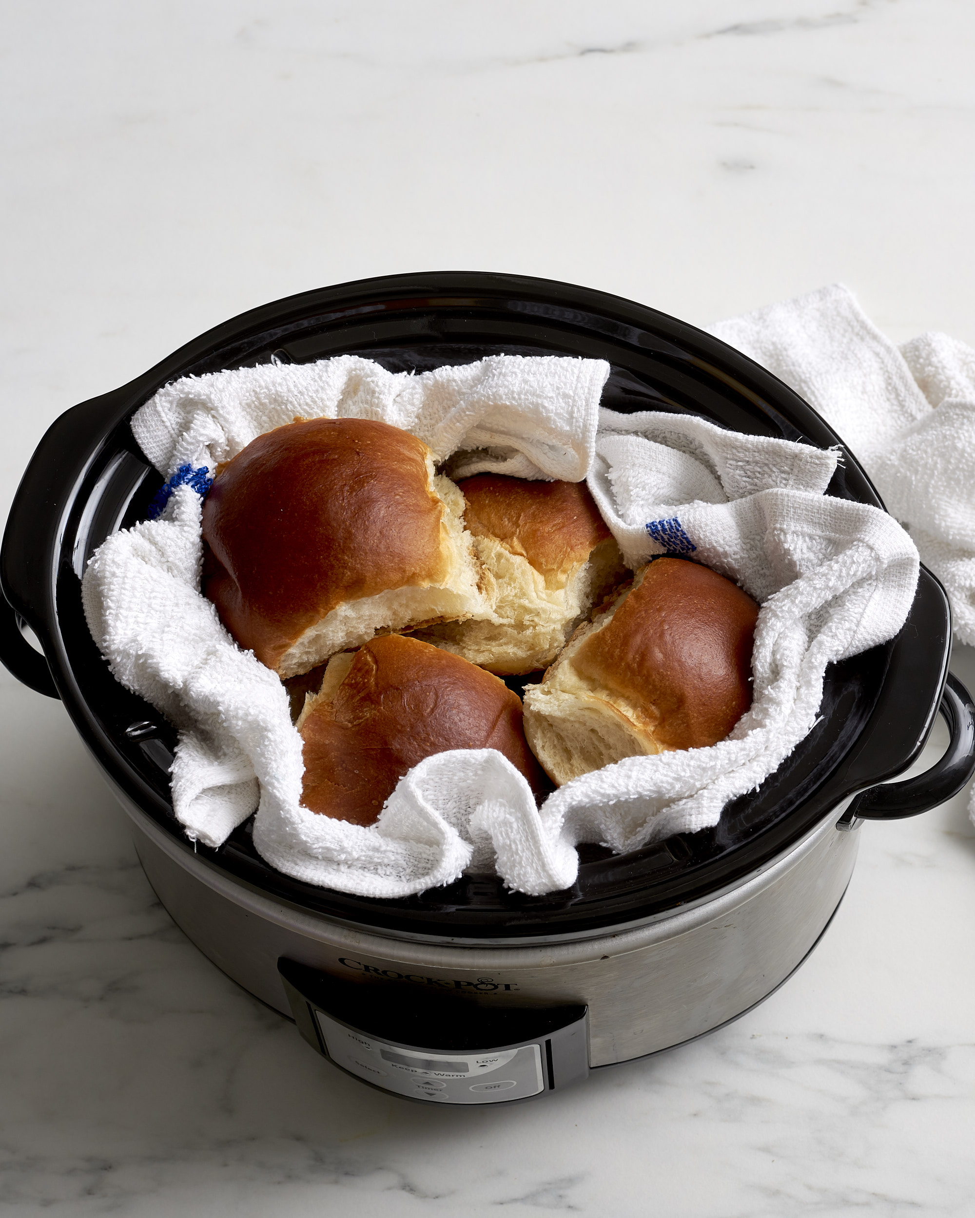 How To Reheat Dinner Rolls: The Best, Simplest Method