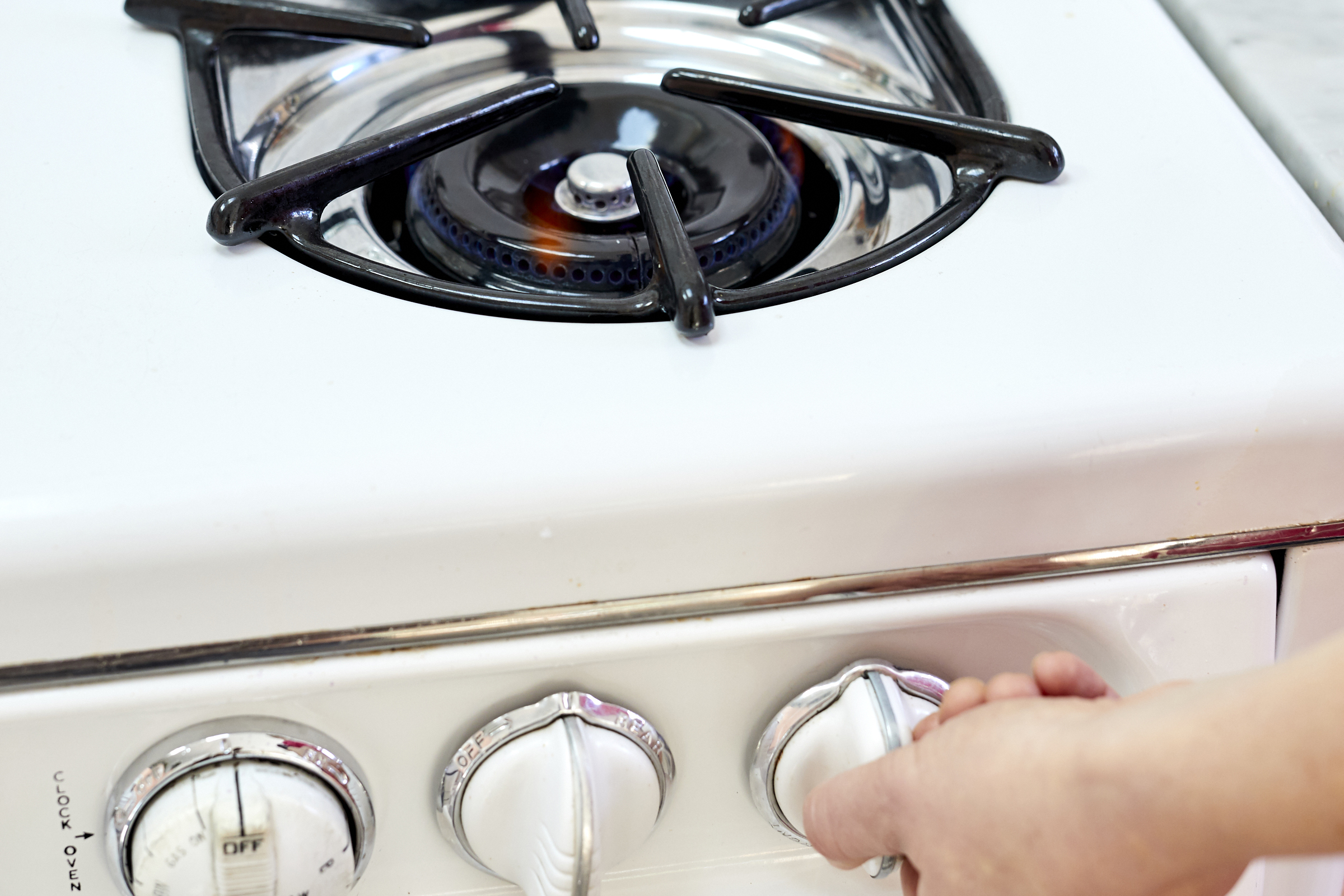 How To Light a Stovetop and Oven Pilot Light   Kitchn
