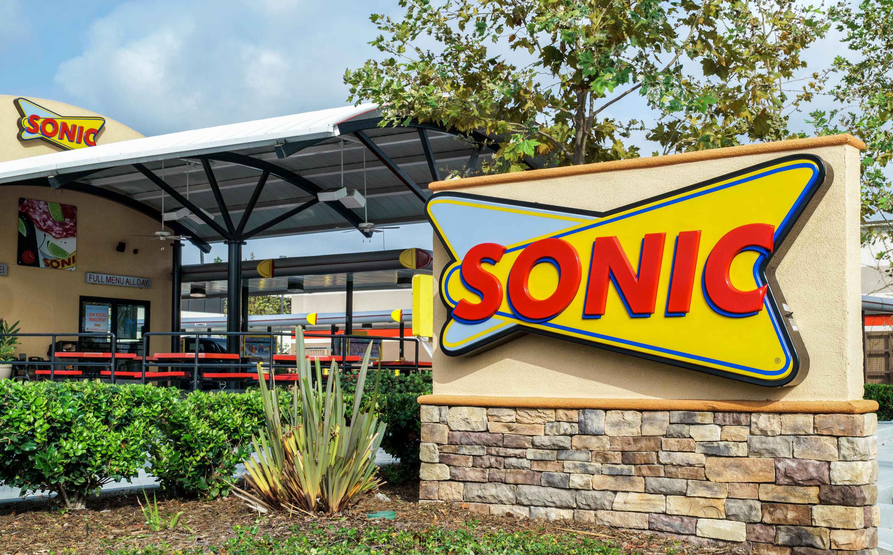 Sonic Hours Near Me >> You Can Buy The Ice At Sonic For 2 Kitchn