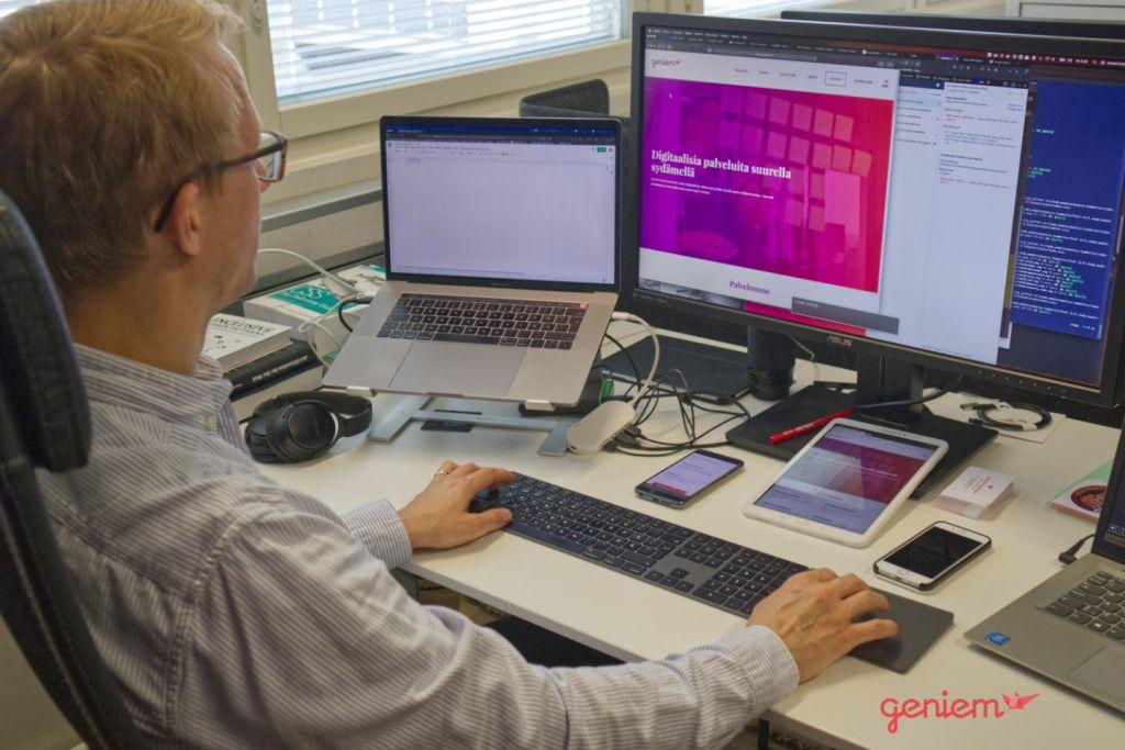Daniel Koskinen vuonna 2019 testaamassa