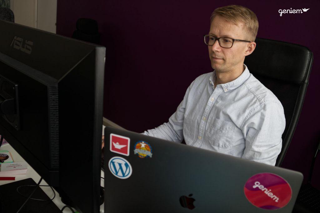 Daniel Koskinen CPWA-sertifioitu asiantuntija työssään