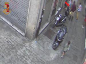 Maxi blitz nel centro storico di Genova contro lo spaccio