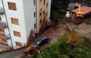 Frana a Rossiglione, un anziano è stato travolto dal fango