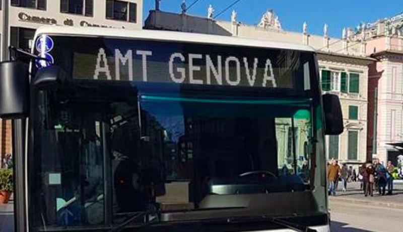 Genova, undici nuovi bus ibridi andranno a rinnovare il parco mezzi AMT