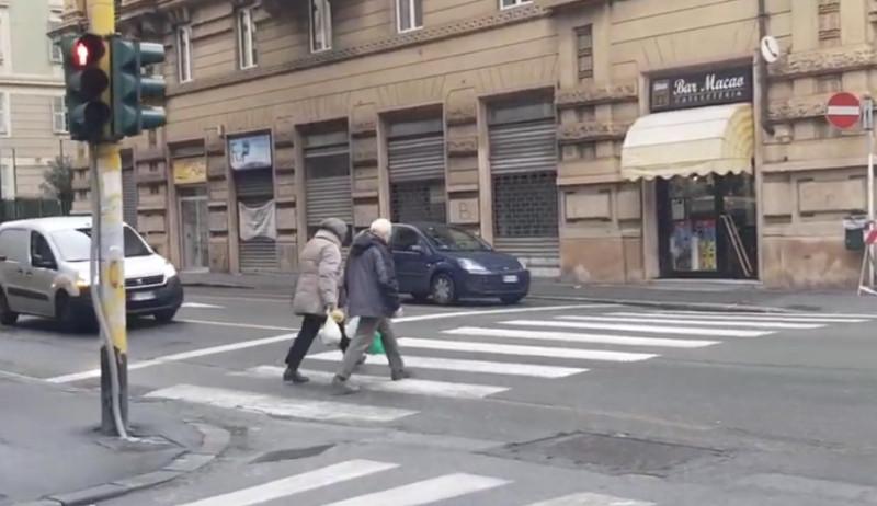 Nuovi semafori 'intelligenti' a Genova
