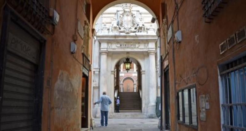 Genova, Coronavirus, le misure per i dipendenti comunali